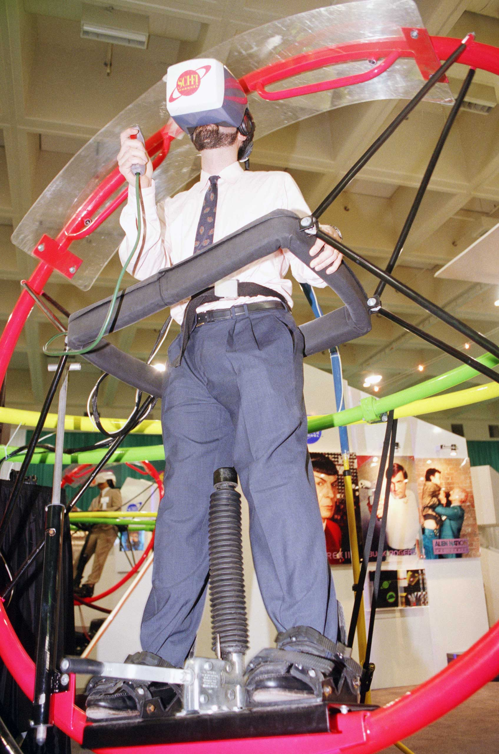 <strong>1993</strong>                                                                      A Virtual Reality contraption at the Sci Fi Channel booth at The National Cable Television Association annual convention, in San Francisco.