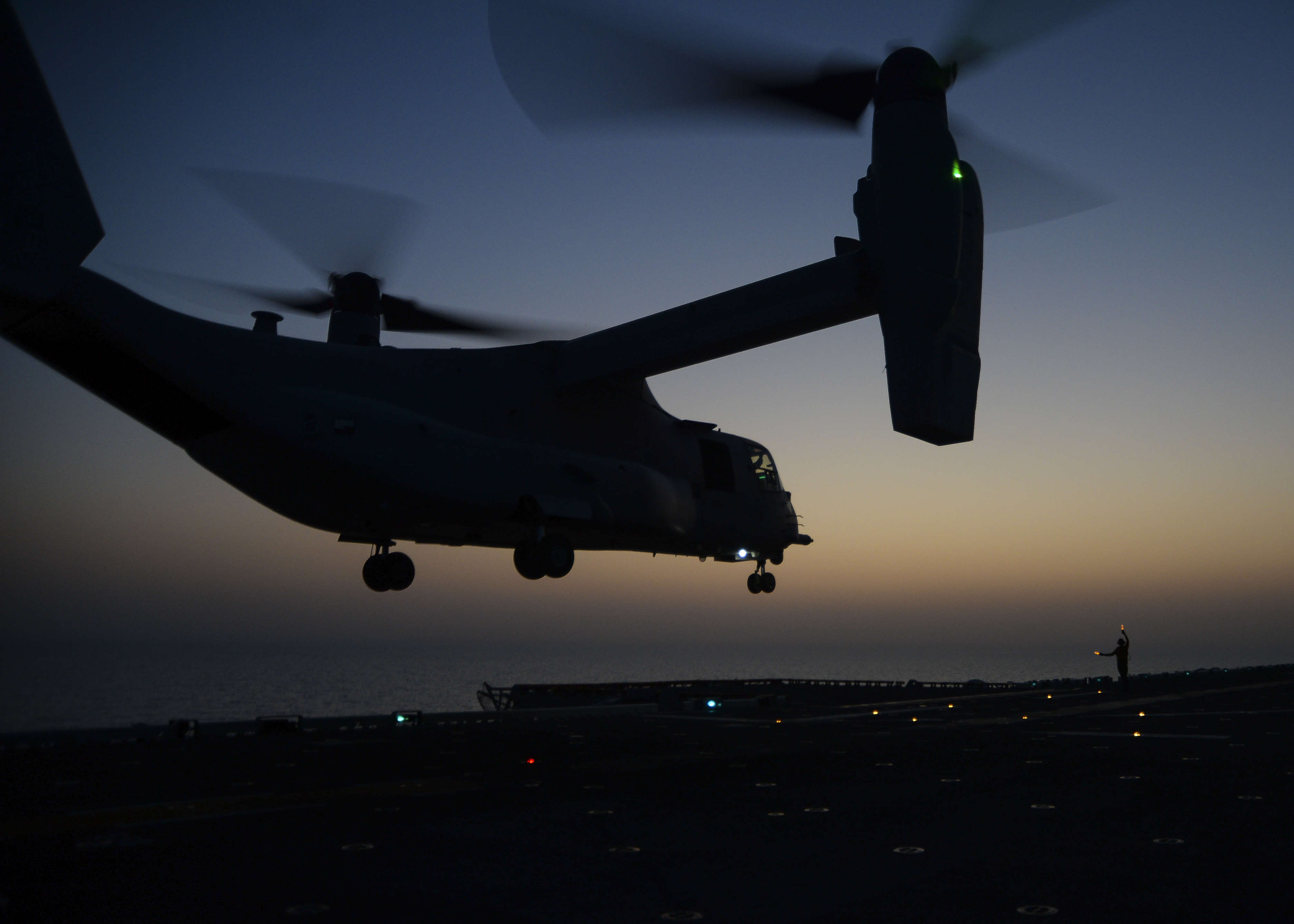 A V-22 lifts off from the USS Makin Island near Yemen in October 2014, just as SEALs did early Saturday in their effort to rescue U.S. hostage Luke Somers.