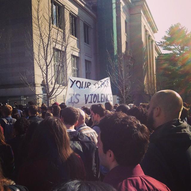 Thera posted this image of protestors at Harvard University.