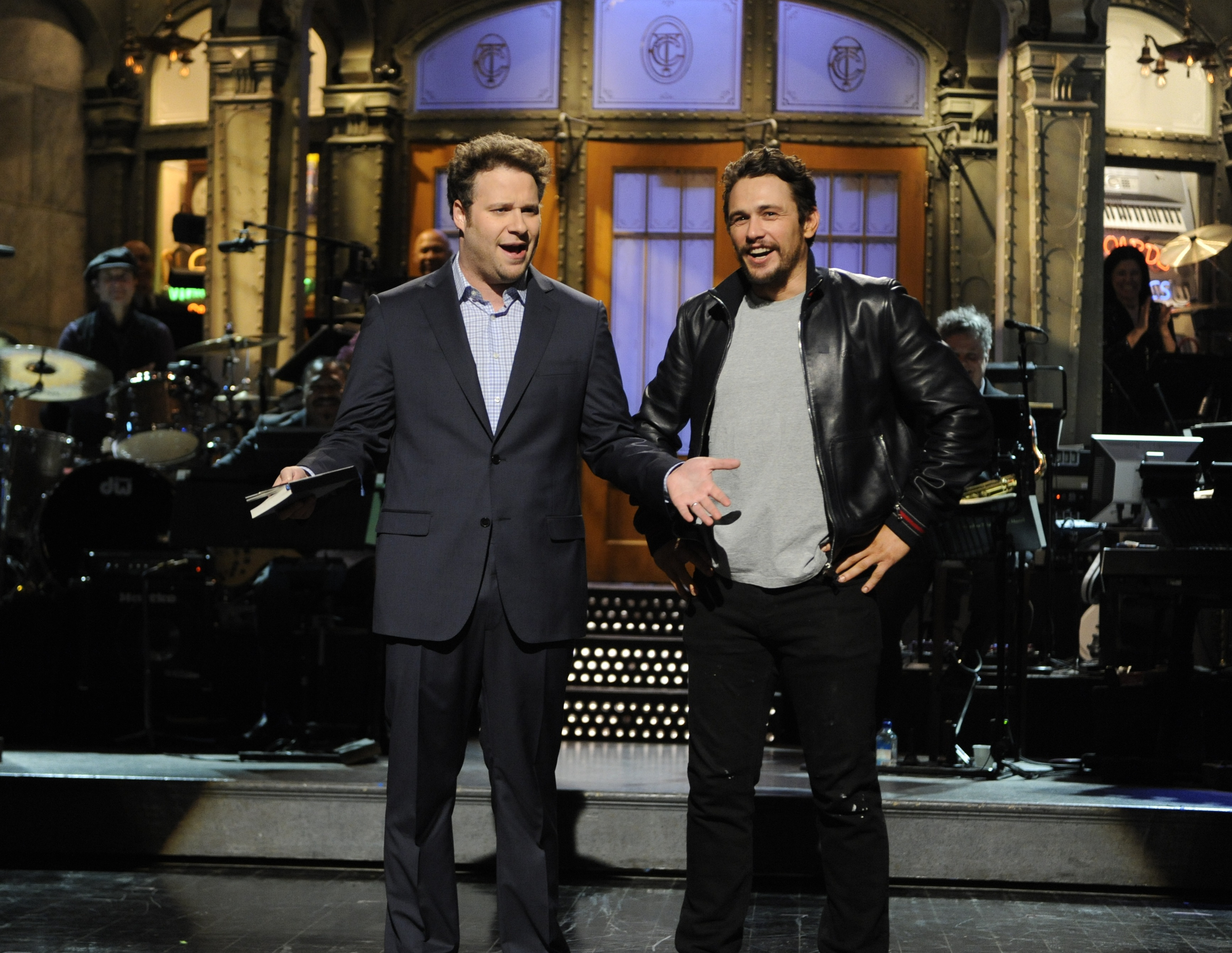 Seth Rogen and James Franco appear on Saturday Night Live on Apr. 12, 2014
