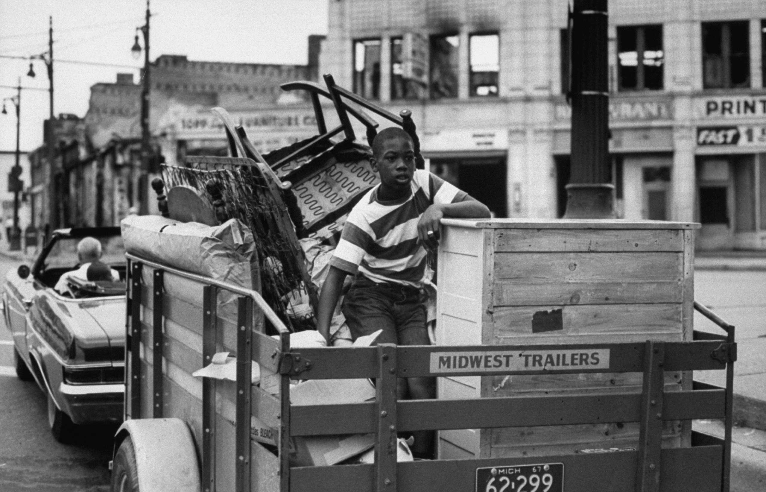 <b>Not published in LIFE.</b> Detroit, July 1967. A family moving after the Detroit race riots.
