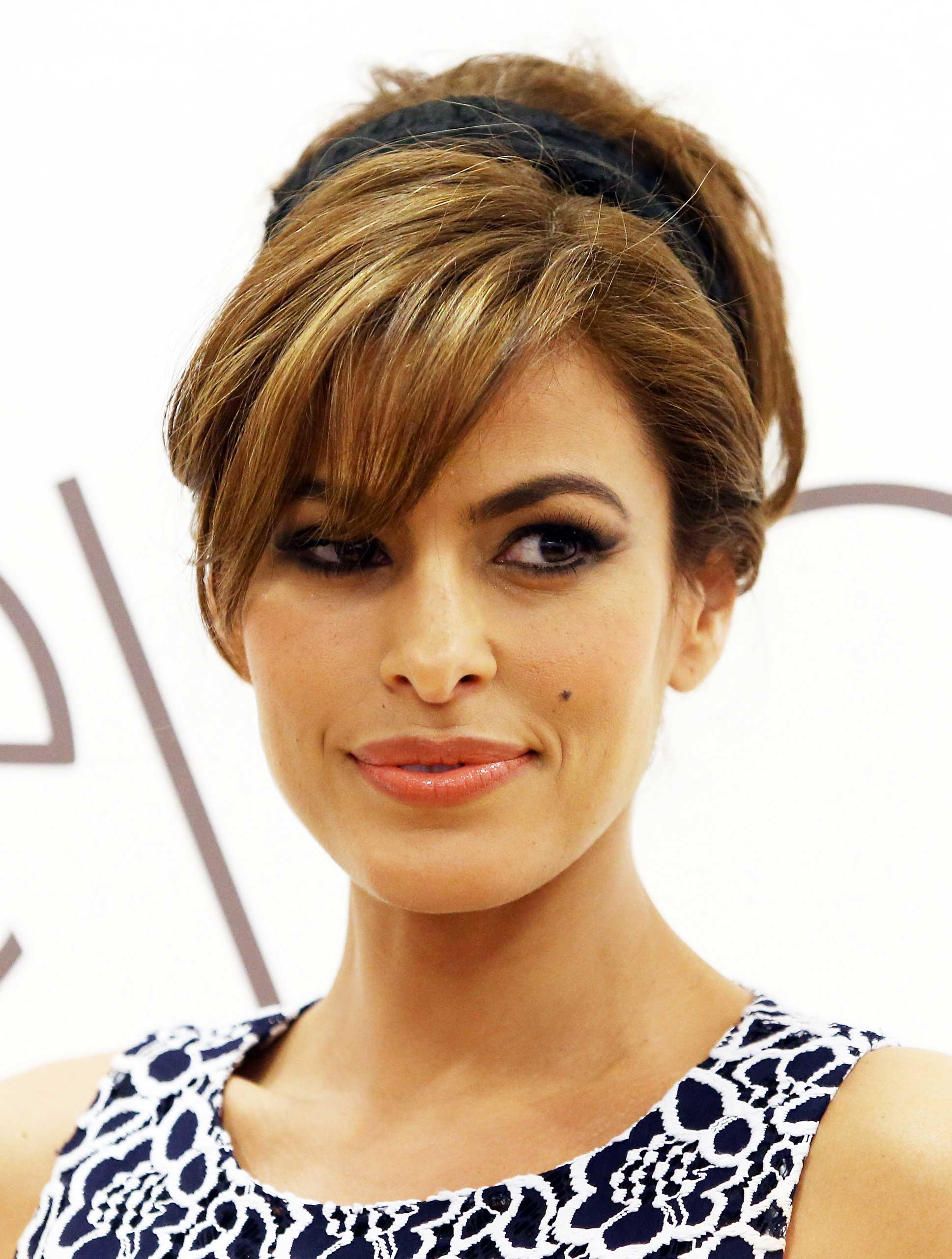 <b>Eva Mendes</b> The actress was born in Miami to Cuban parents.