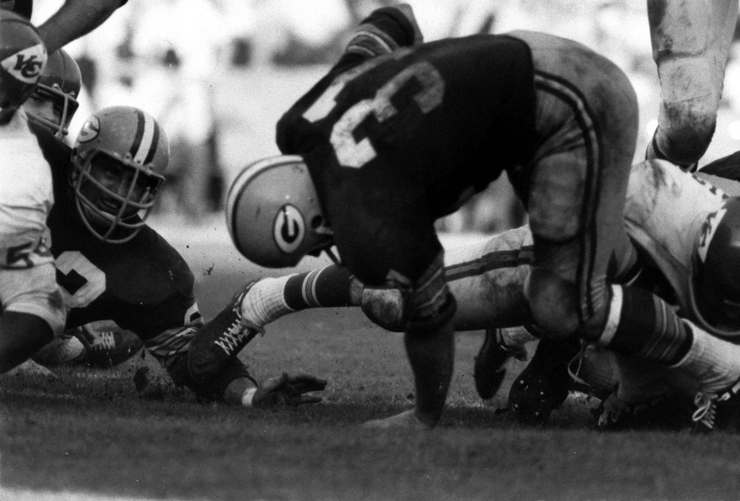 <b>Not published in LIFE.</b> Jim Taylor, Super Bowl I, 1967. Packer lineman at left is the great Fuzzy Thurston.