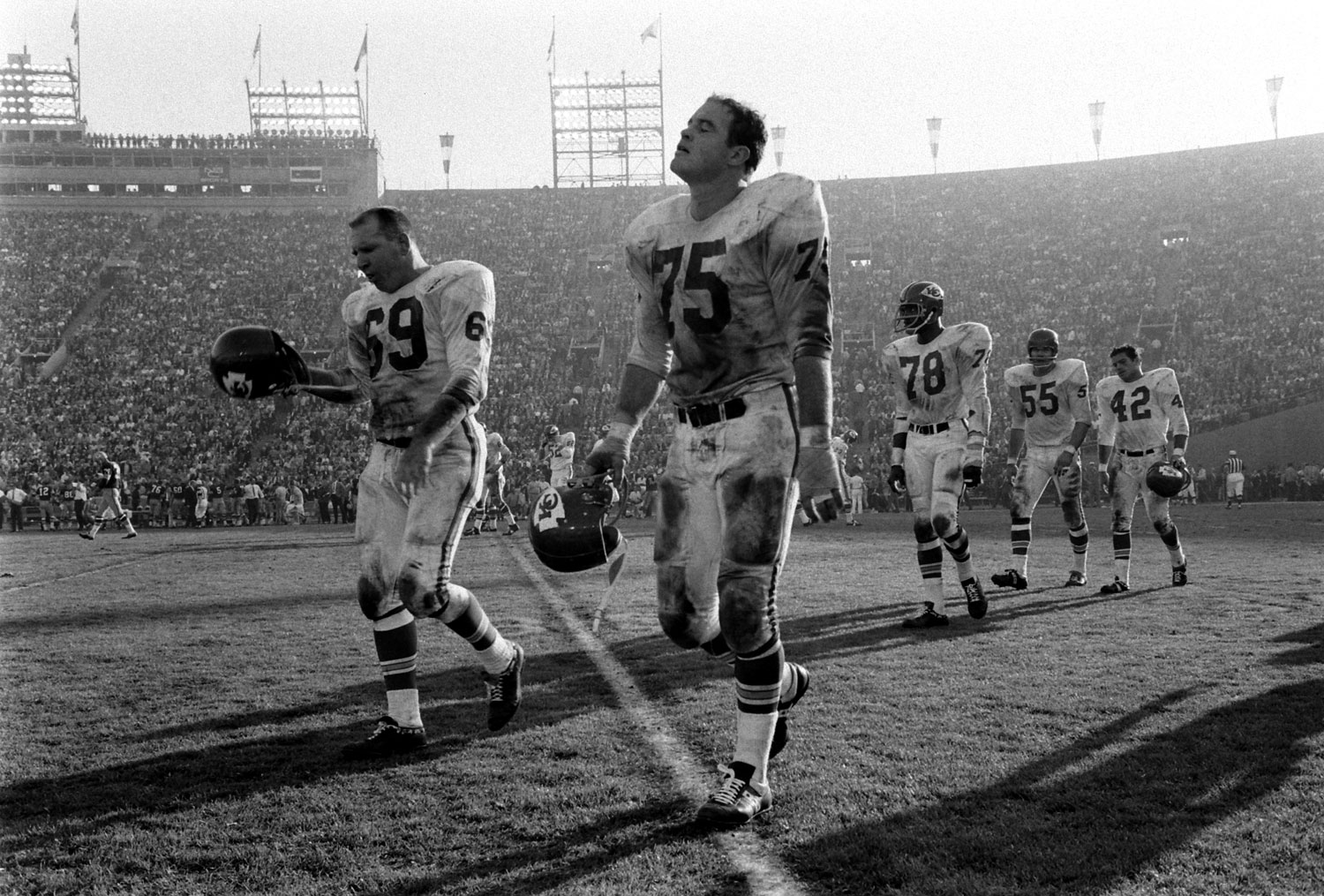 <b>Not published in LIFE.</b> Sherrill Headrick, Jerry Mays and other Kansas City Chiefs, Super Bowl I, 1967.