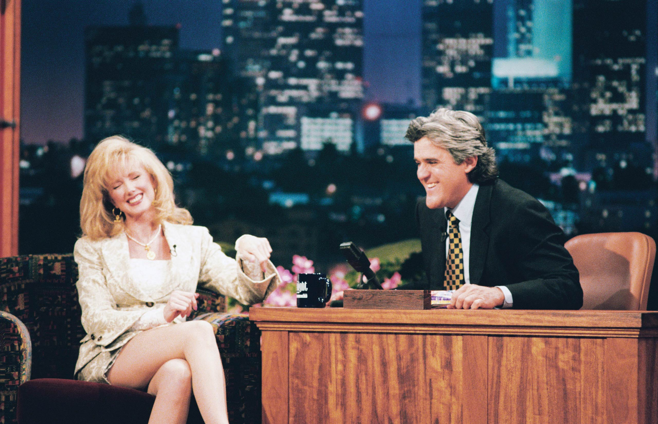 <strong>Jay Leno</strong> – Leno plays himself interviewing Chandler's mom, an erotic novelist, on <i>The Tonight Show</i>