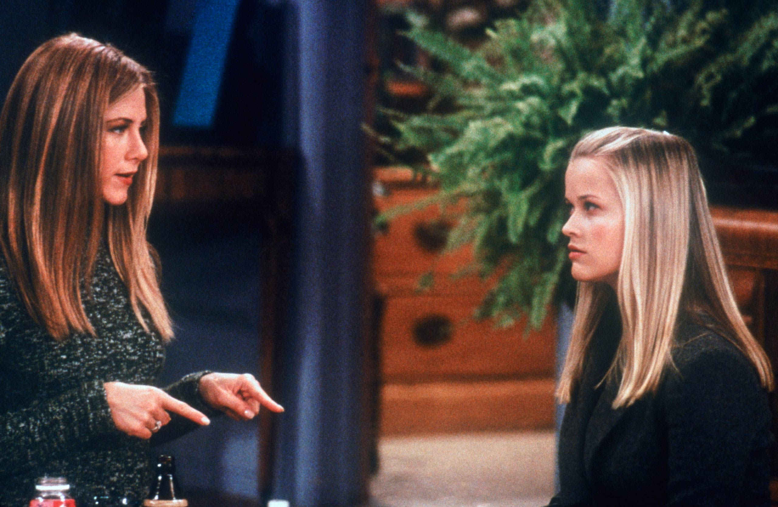 <strong>Reese Witherspoon</strong> – Reese Witherspoon guest-stars as Rachel's younger sister who goes on a date with Ross