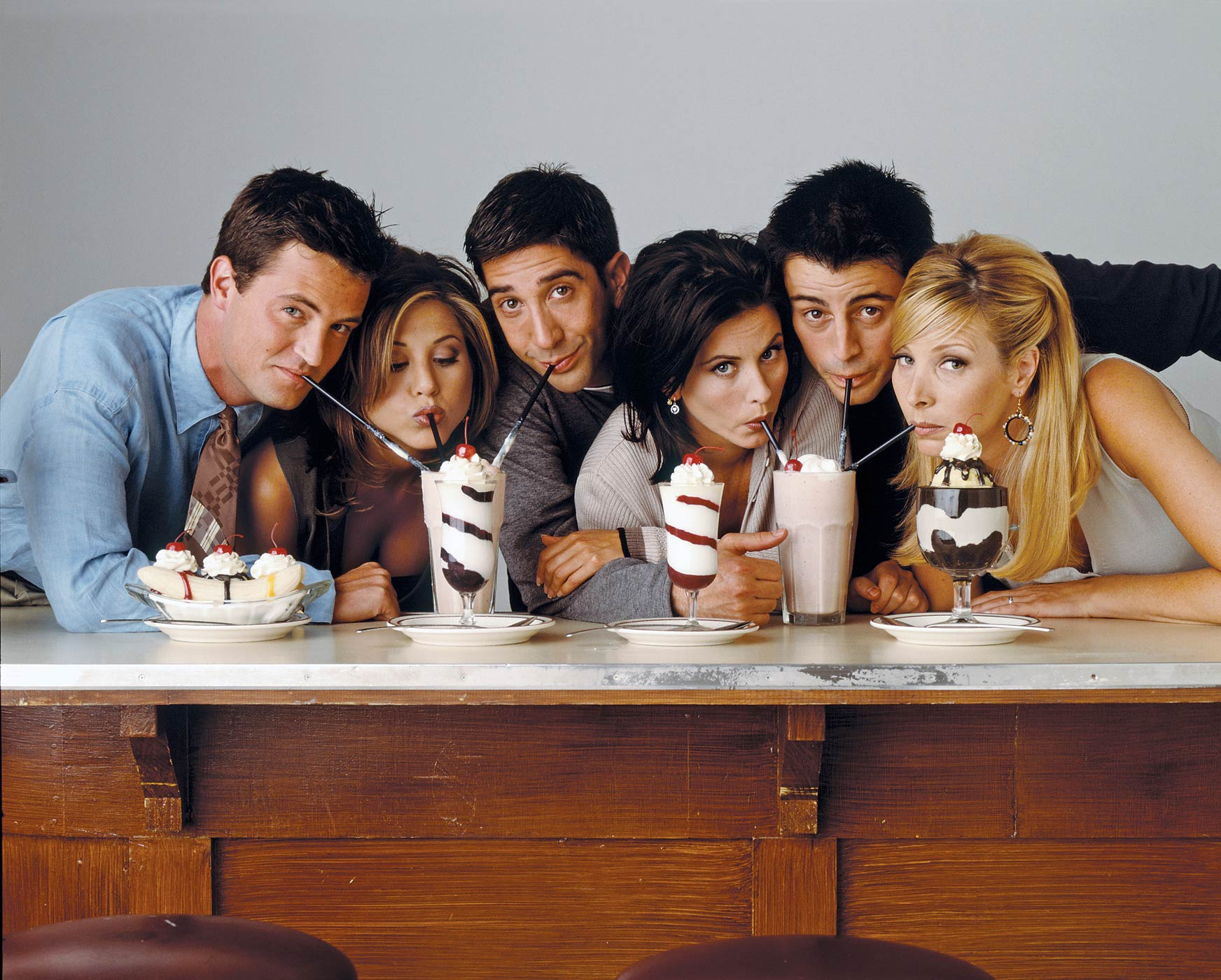 From left: Matthew Perry as Chandler Bing, Jennifer Aniston as Rachel Green, David Schwimmer as Ross Geller, Courteney Cox as Monica Geller, Matt Le Blanc as Joey Tribbiani, Lisa Kudrow as Phoebe Buffay in Friends