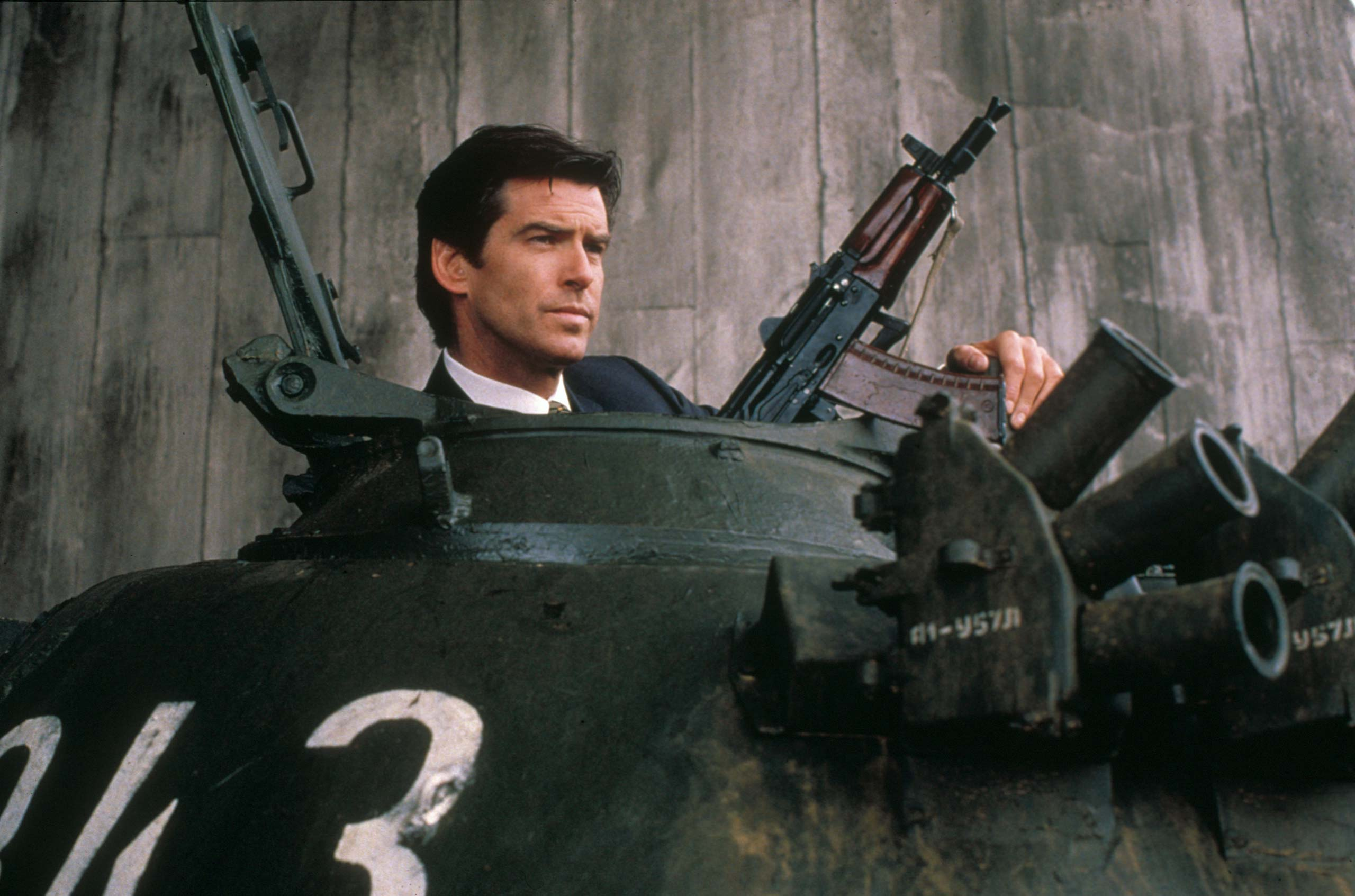 <strong><i>GoldenEye</i> (1995) - Pierce Brosnan</strong>