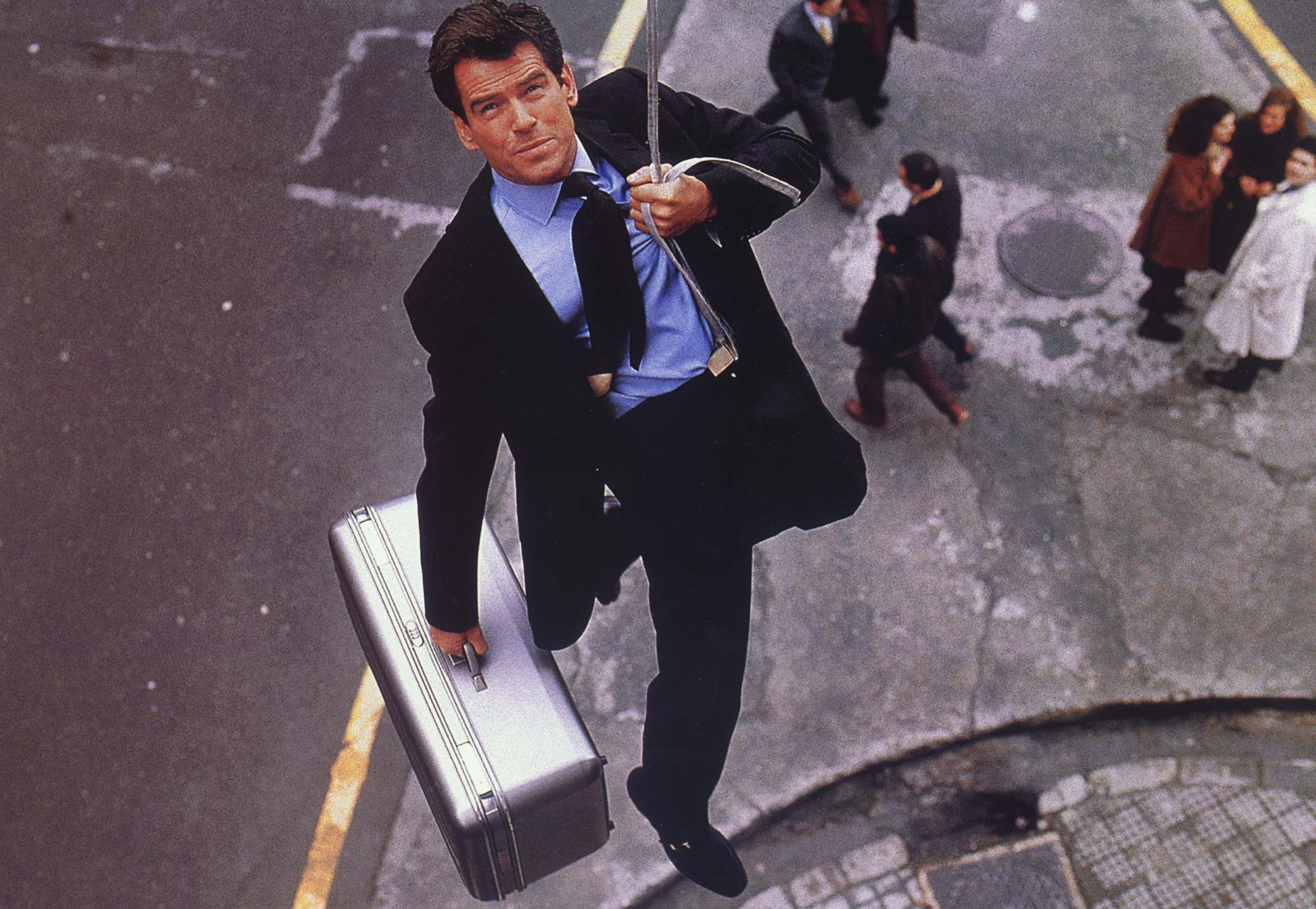 <strong><i>The World Is Not Enough</i> (1999) - Pierce Brosnan</strong>