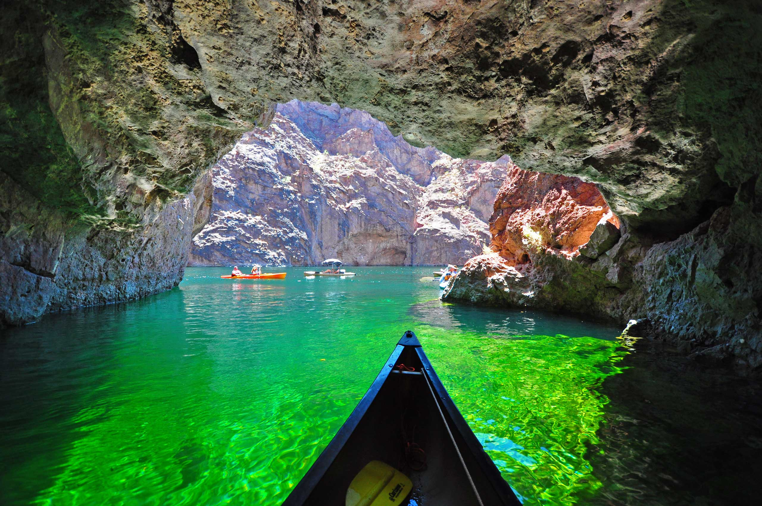 On October 8, 1964, this Colorado River lake area on the border of Nevada and Arizona became the first national recreation area in the U.S. With its gorgeous contrasts of desert and water, mountains and canyons, Lake Mead National Recreation Area offers year-round recreational opportunities.