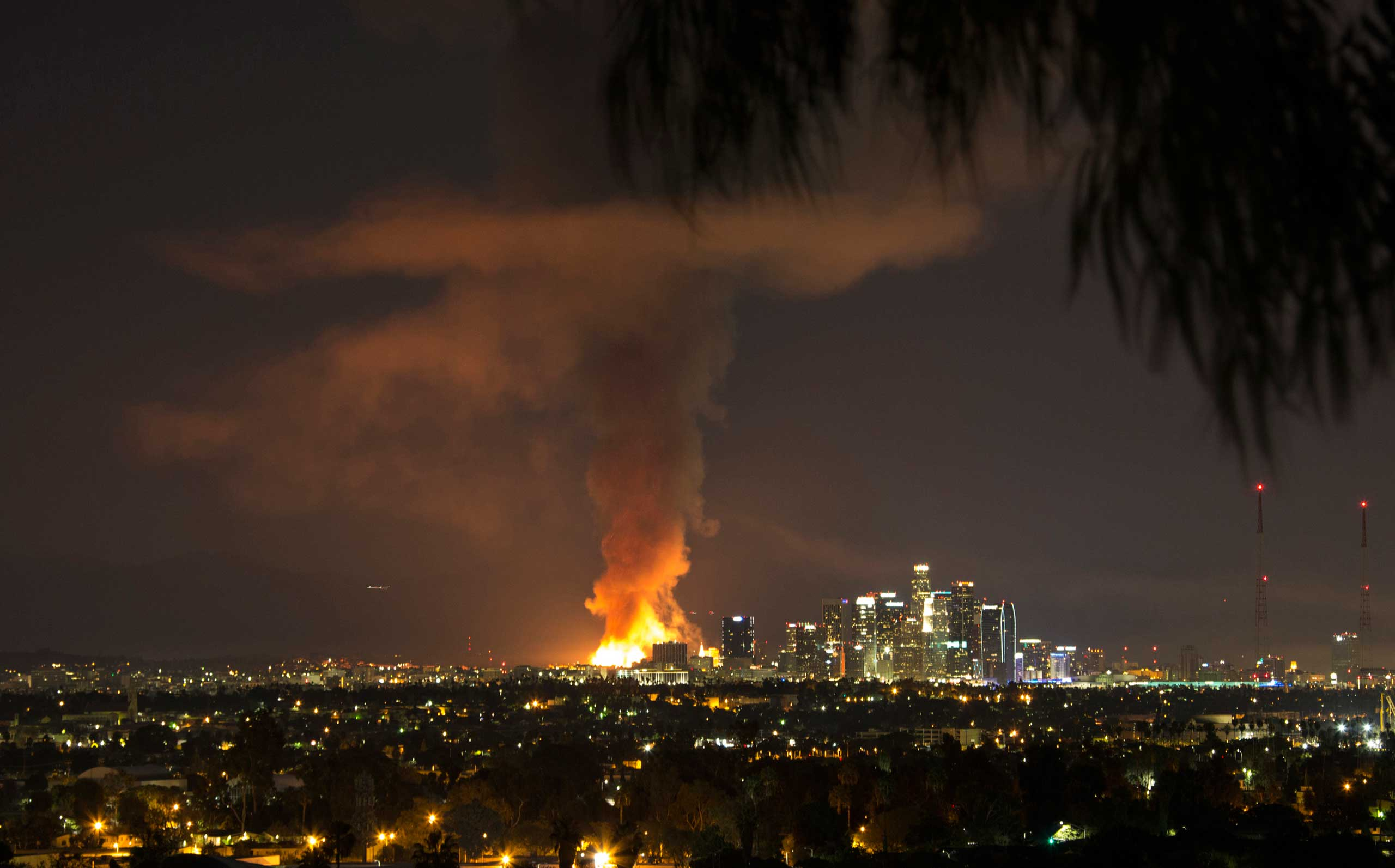 A massive fire engulfing an apartment building construction site near downtown Los Angeles on Monday, Dec. 8, 2014.