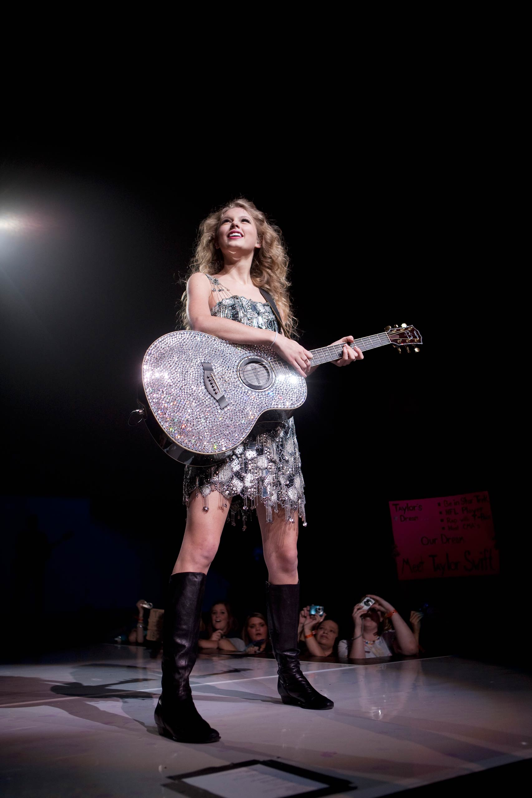 Taylor SwiftTaylor Swift backstage performs her Fearless tour in Auburn Hills outside Detroit MI
