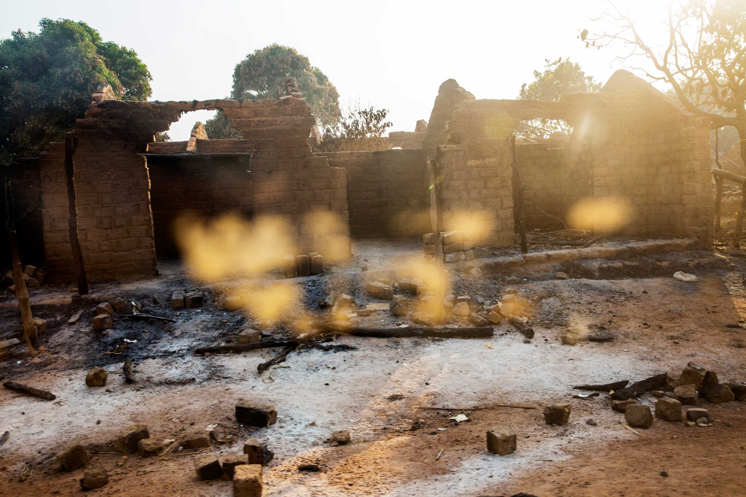 The remains of houses burnt by Seleka forces, between Bozoum and Bossemptele. Central African Republic. Jan. 30, 2014.