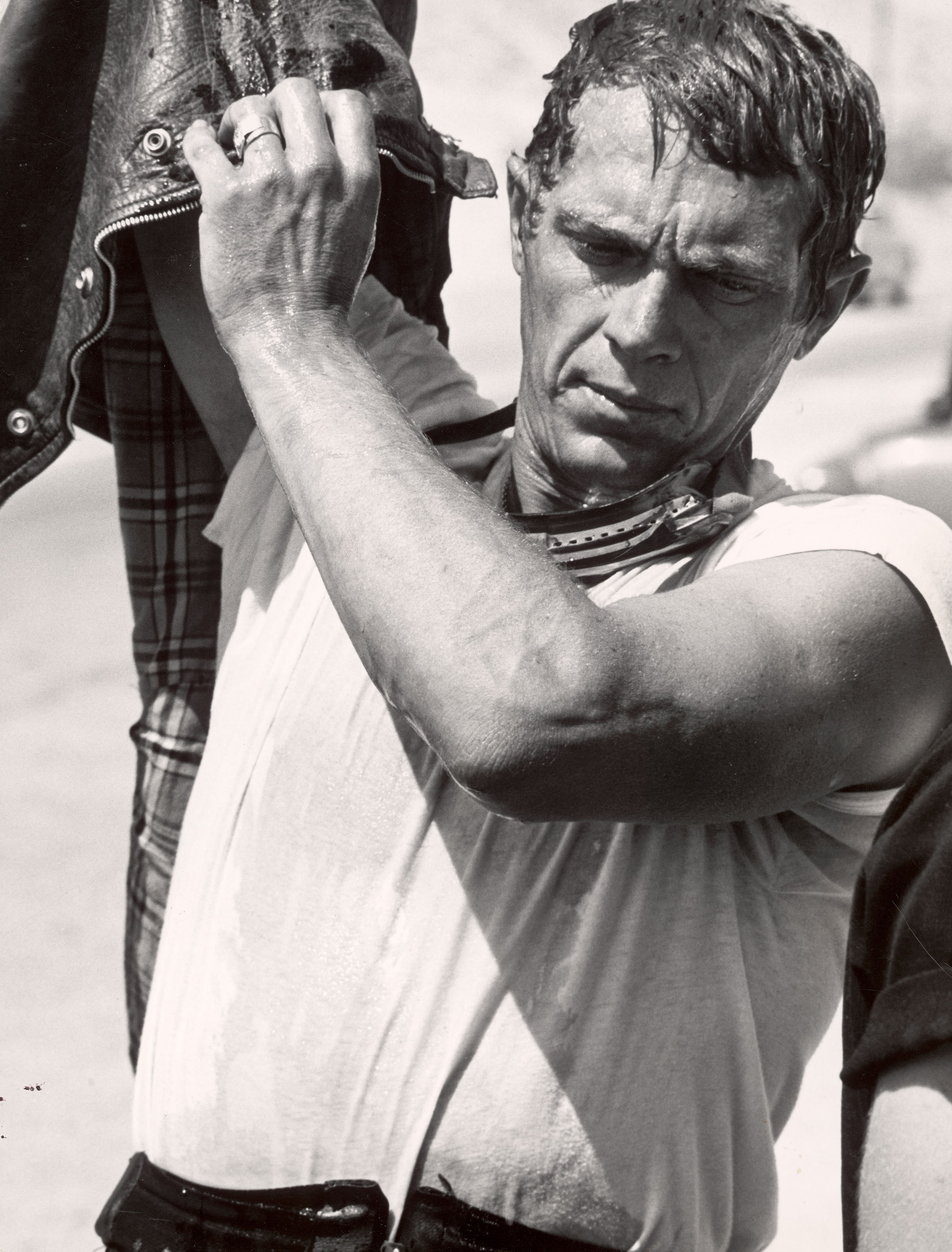 Steve McQueen, who was nominated once. Pictured here during motorcycle racing across the Mojave Desert, 1963.