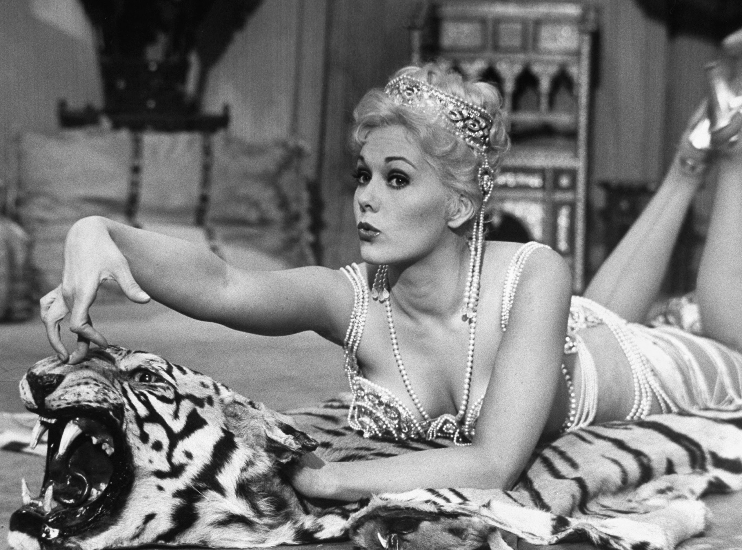 Kim Novak, who was never nominated, though she presented at the 2014 awards. Pictured performing the hoochie-coochie dance in the movie <i>Jeanne Eagels</i>, 1957.