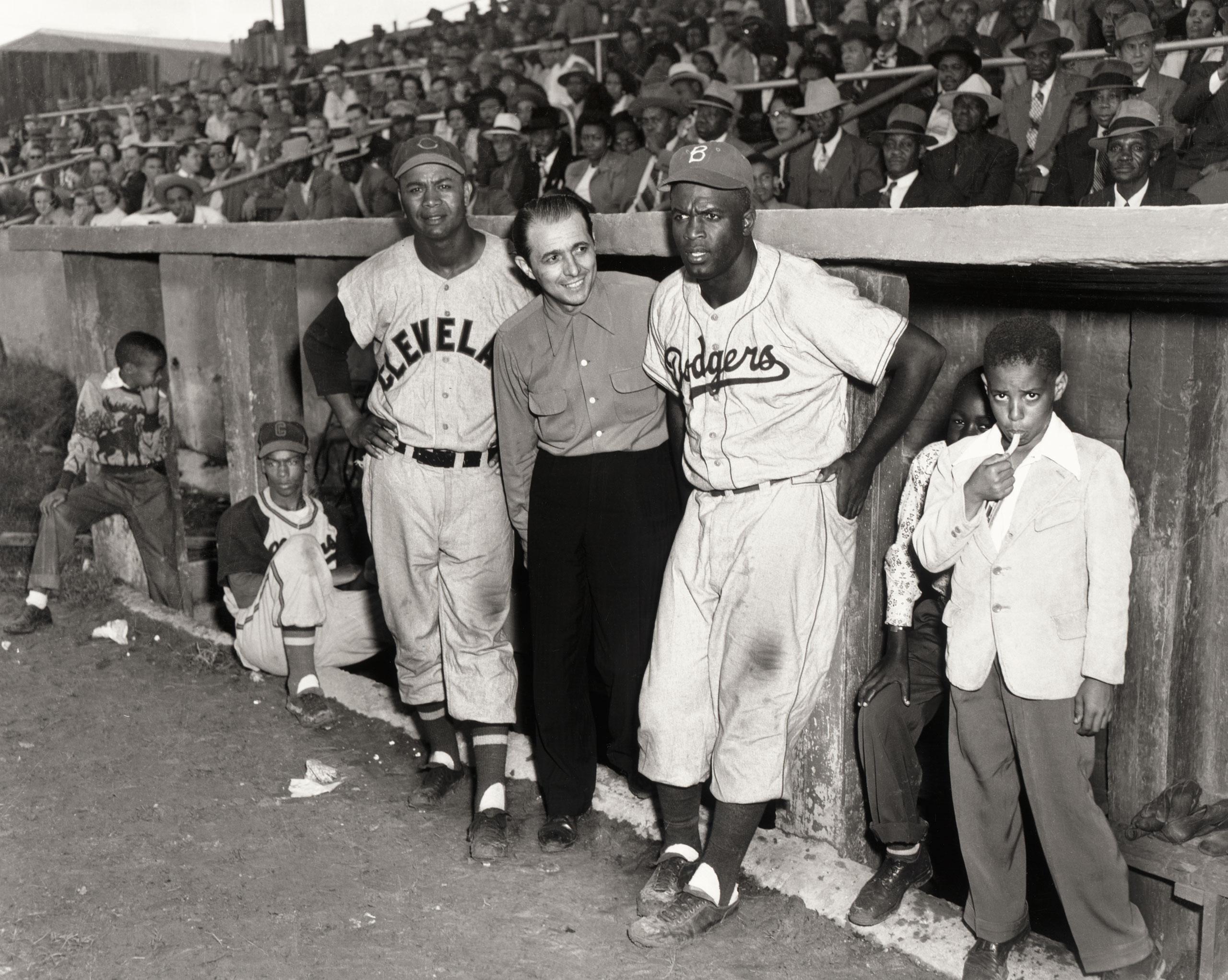 Ernie Banks, Larry Doby, Matty Brescia, Jackie Robinson, Martin's Stadium, Memphis, Tennessee, 1953.
