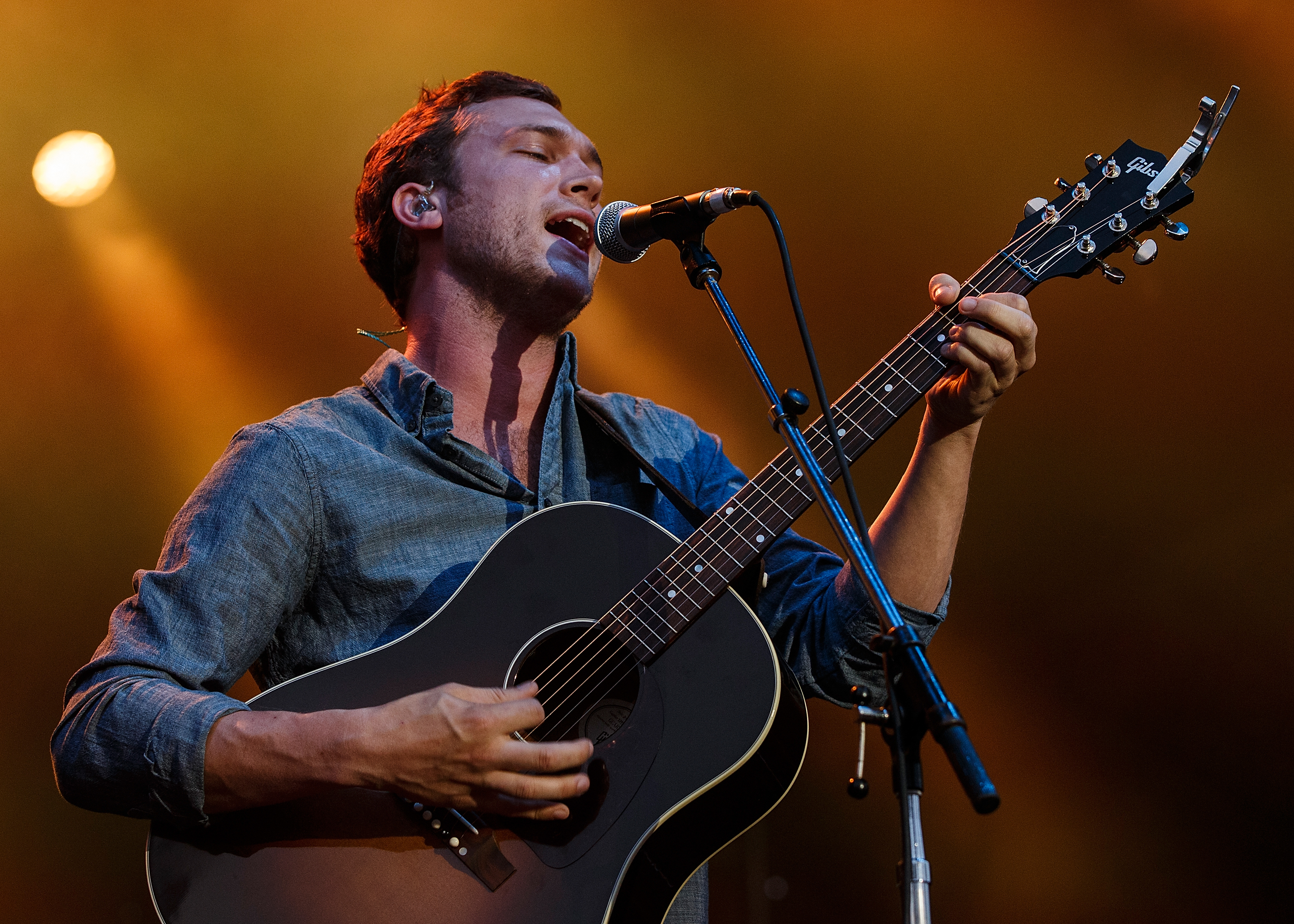 Phillip Phillips performs on stage at PNE Amphitheatre during Day 1 of The Fair At The PNE on August 16, 2014 in Vancouver, Canada.