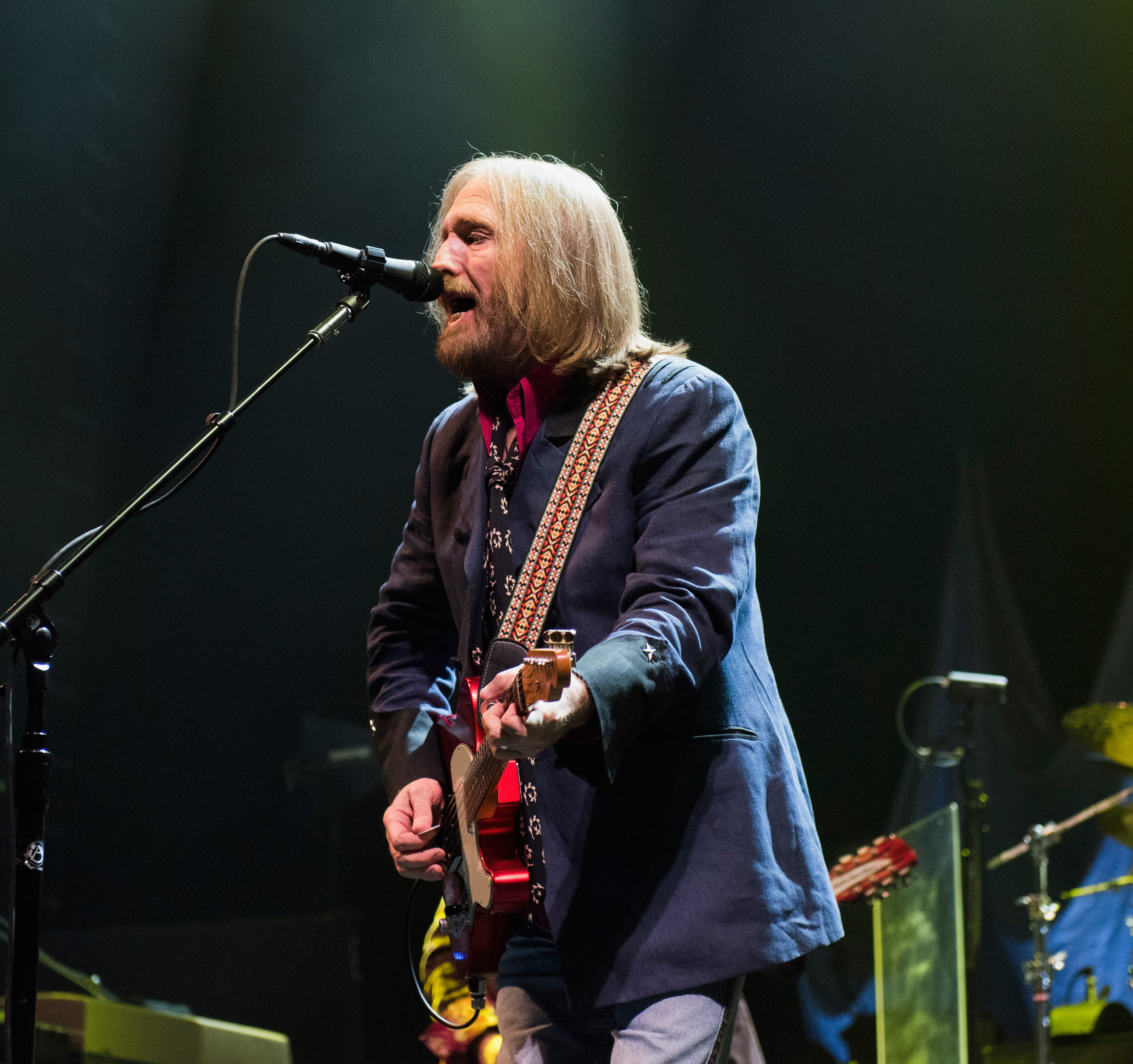 Tom Petty of Tom Petty And The Heartbreakers performs onstage at The Forum on October 10, 2014 in Inglewood, California.