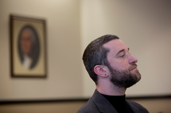 Dustin Diamond waits for his preliminary hearing at Ozaukee County Courthouse in Port Washington, Wis., on Jan. 5, 2015