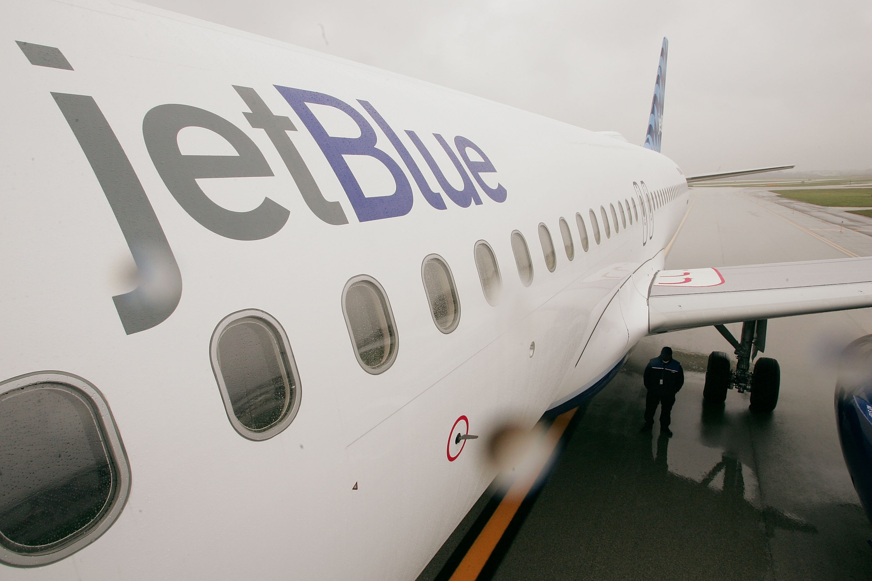 A JetBlue Airways jet sits on the tarmac at O'Hare Airport October 26, 2006 in Chicago, Illinois.