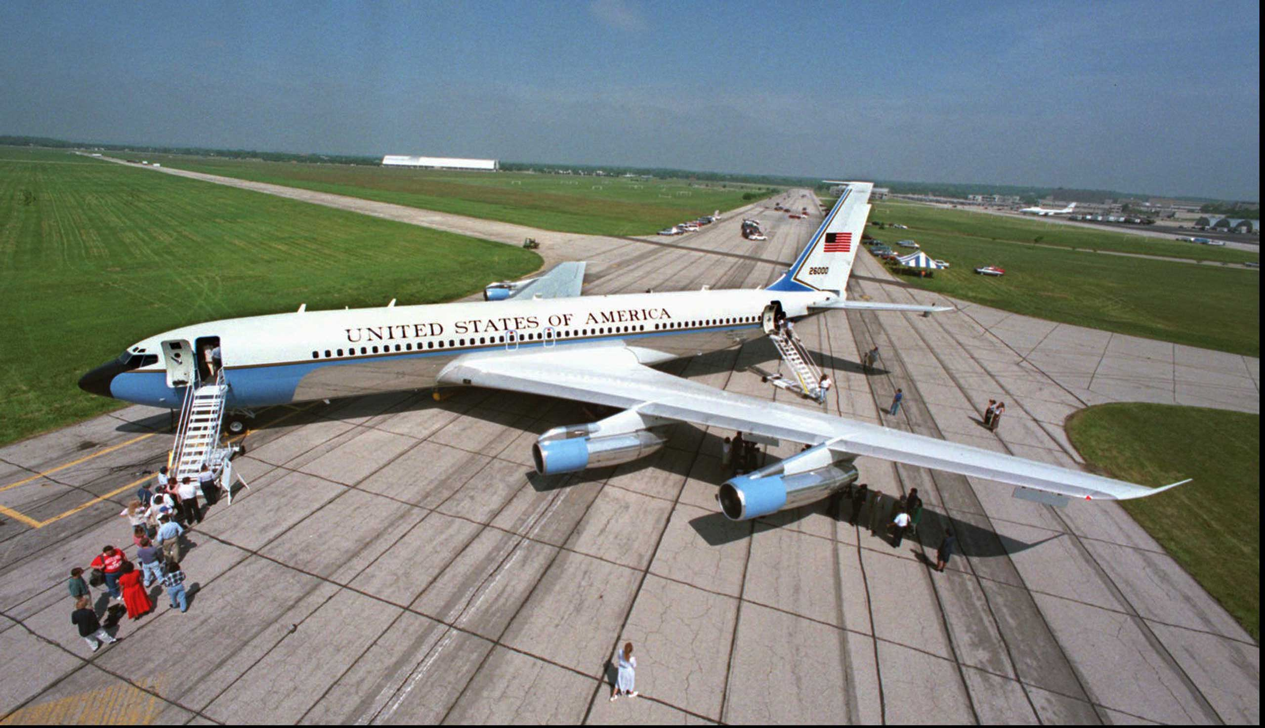 Special Air Mission 26000, a Boeing 707, went into presidential service under the Kennedy administration. SAM 26000 stayed in service through Bill Clinton's administration until 1998.