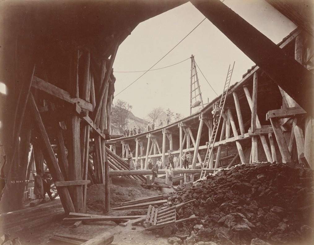 Construction of Sacré-Coeur, 1879