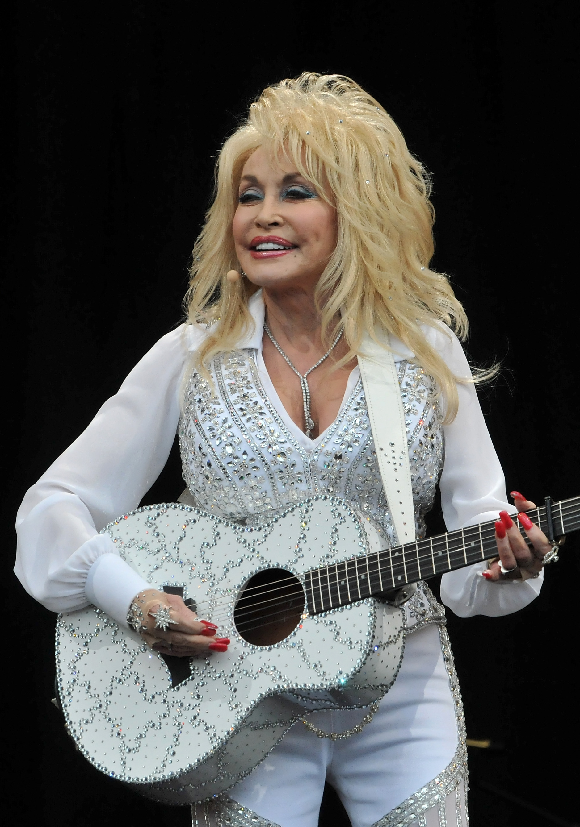 Dolly Parton performs  during the Glastonbury Festival on June 29, 2014 in Glastonbury, England.