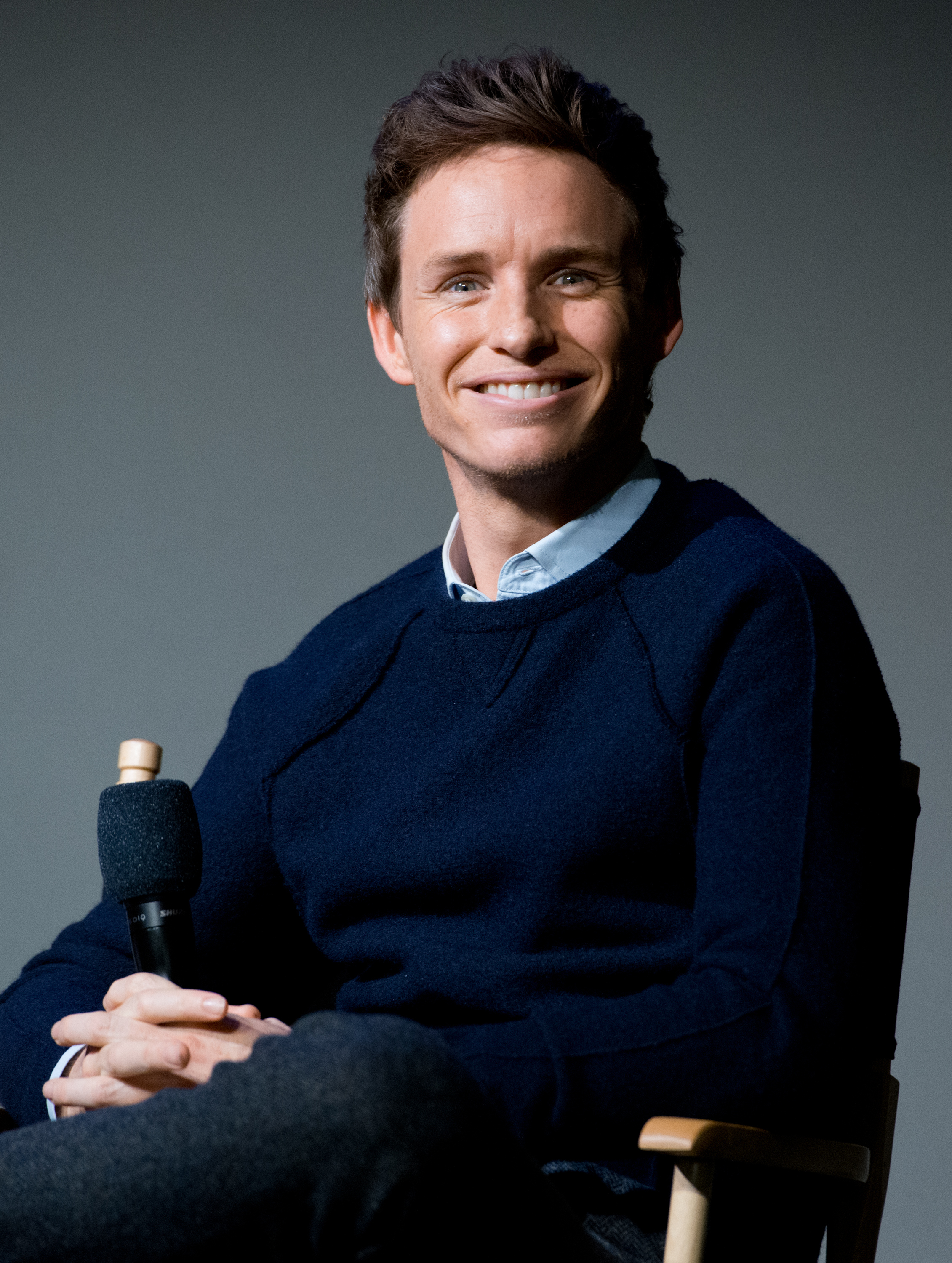 Actor Eddie Redmayne attends 'Meet the Actor' at Apple Store Soho on November 4, 2014 in New York City.