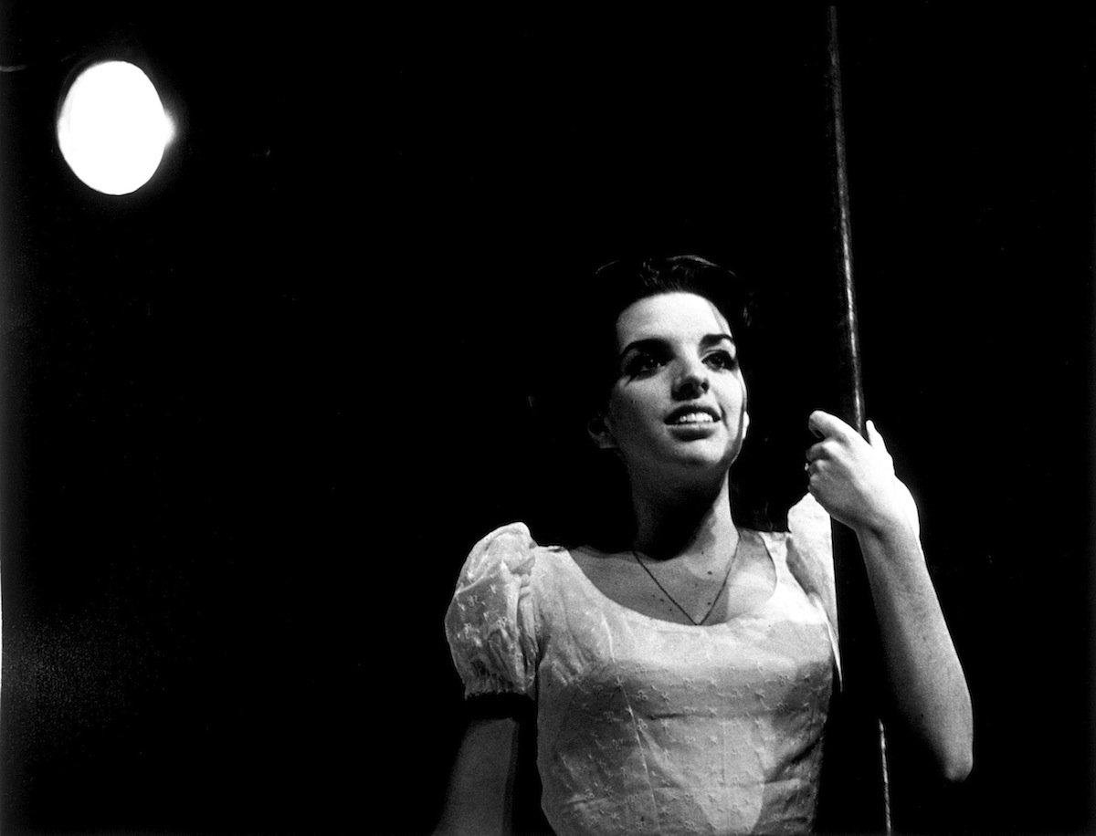 Liza Minnelli in a scene from a 1964 stock production of musical The Fantasticks
