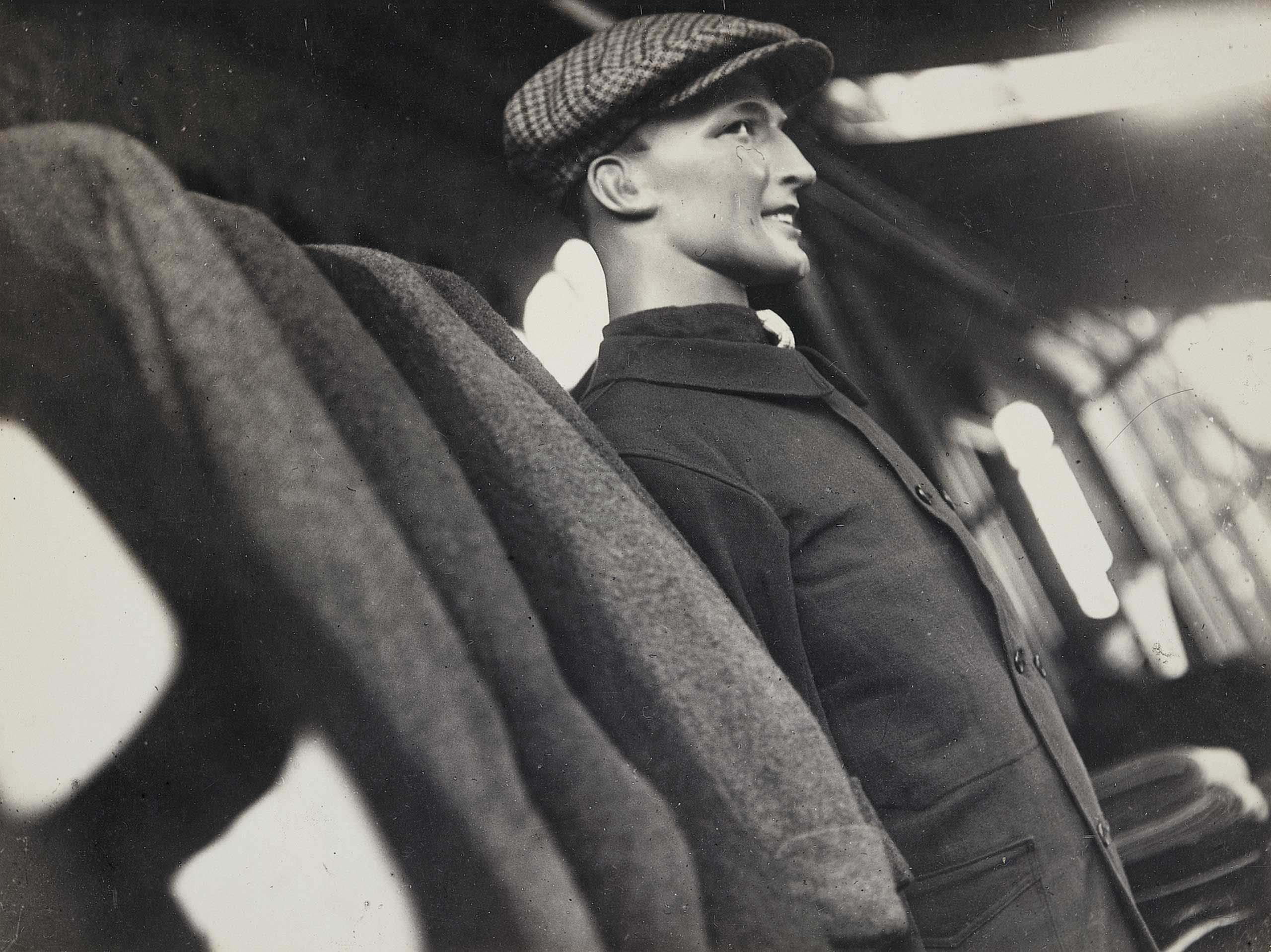 Tailor's mannequin, 1930-1931