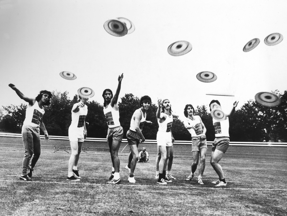 Frisbees were a trend in 1966 in England