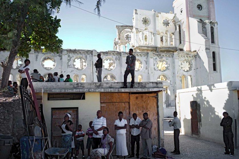 Port-au-Prince, Haïti, 12 January 2013A memorial mass has been organized in front of the cathedral destroyed by the 2010 earthquake.Une grande Messe de recueillement a été organisée au bas de la cathédrale détruite par le tremblement de terre de 2010.