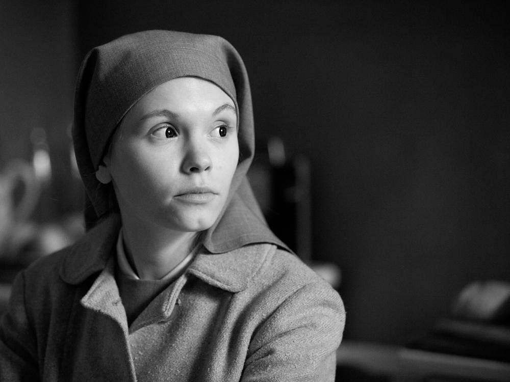 Agata Trzebuchowska as Ida Lebenstein in Ida