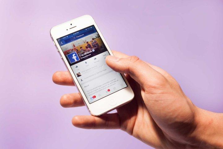 TIME.com stock photos Social Apps iPhone Facebook