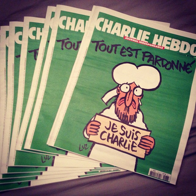 Arthur Cattaneo posted this photo of several copies of the new issue of Charlie Hebdo