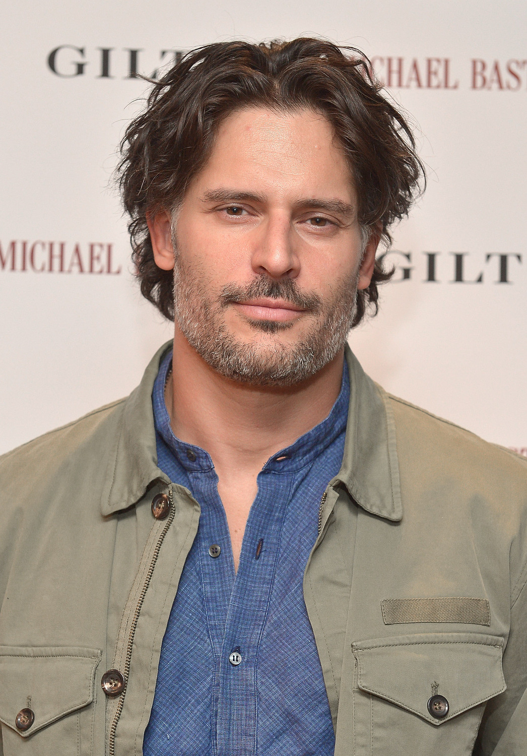 Joe Manganiello has been cast as a series regular in Scream Queens, a new comedy-horror anthology series from Ryan Murphy, Brad Falchuk, Ian Brennan and Dante Di Loreto.