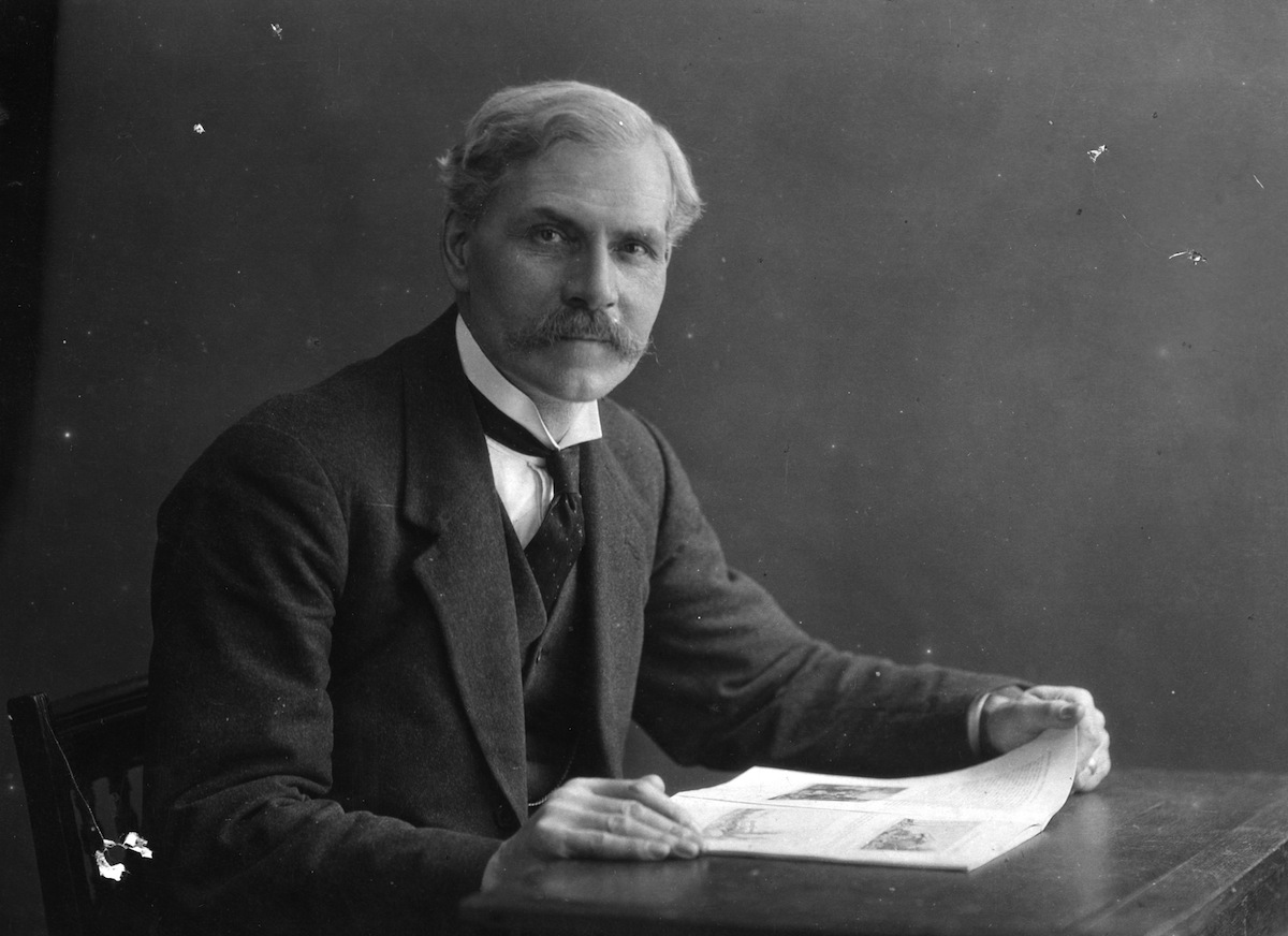 circa 1900:  James Ramsay MacDonald (1866 - 1937), Scottish politician and Britain's first Labour prime minister