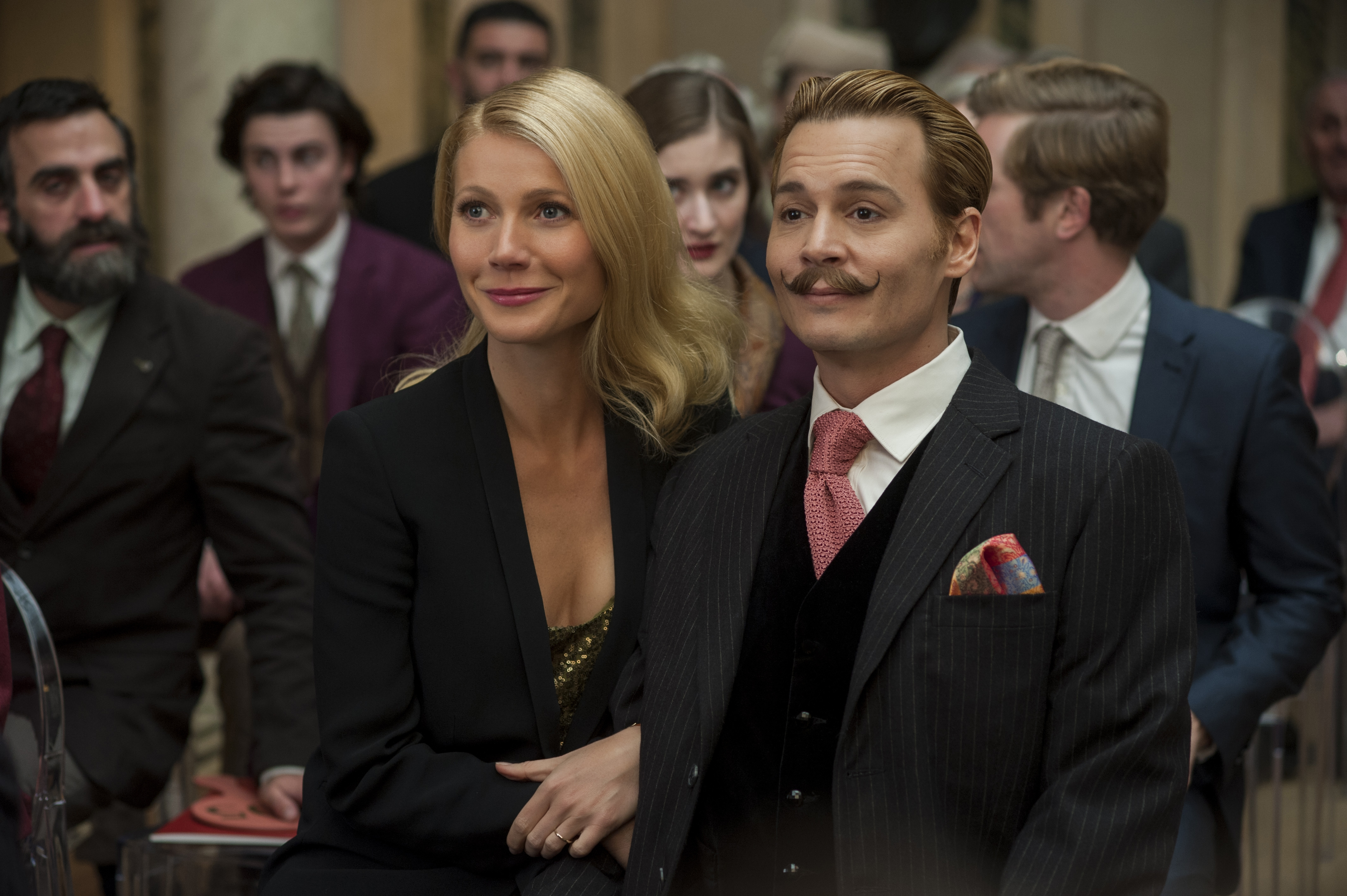 Gywneth Paltrow and Johnny Depp in Mortdecai