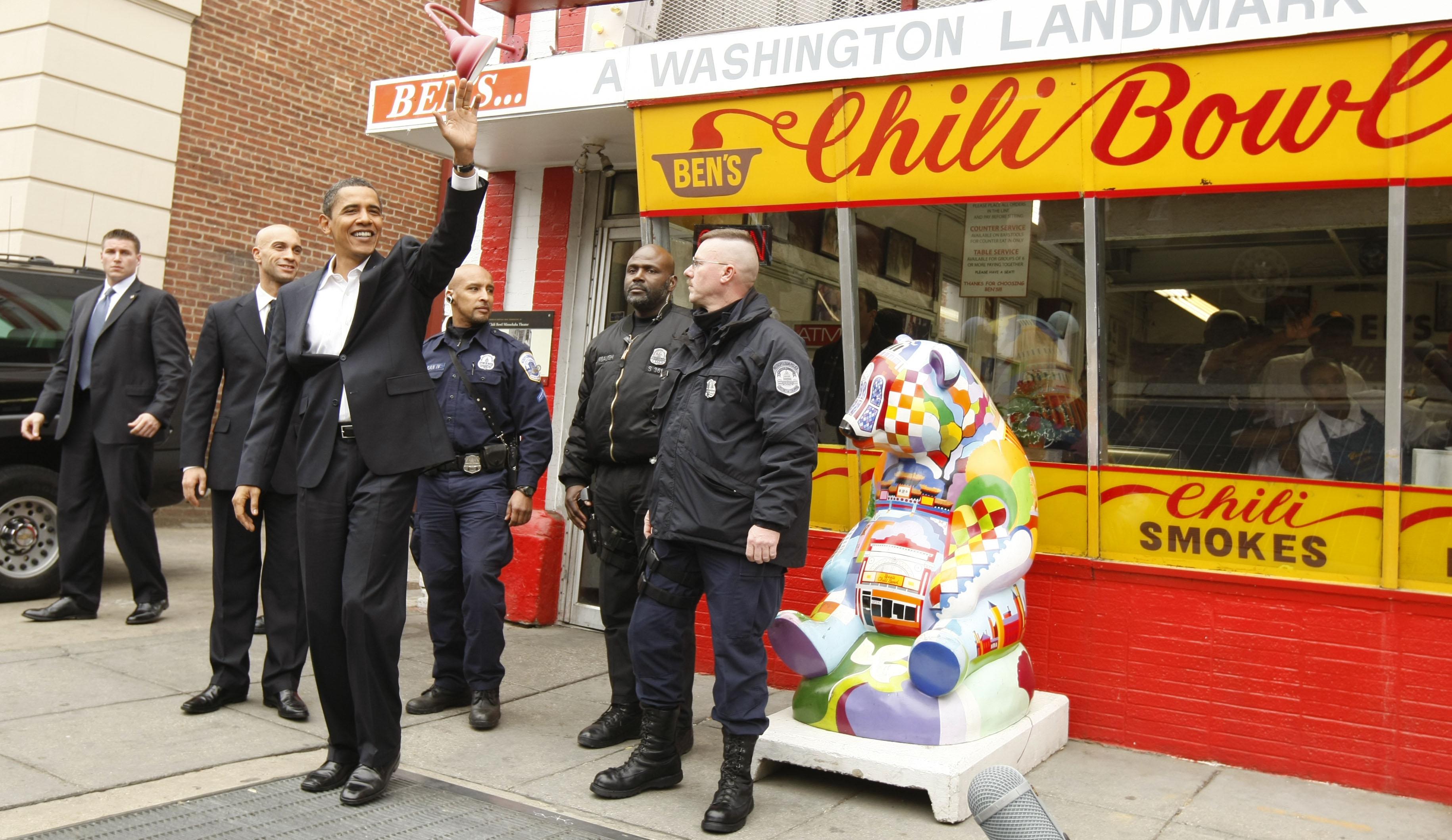 Barack Obama, Adrian Fenty