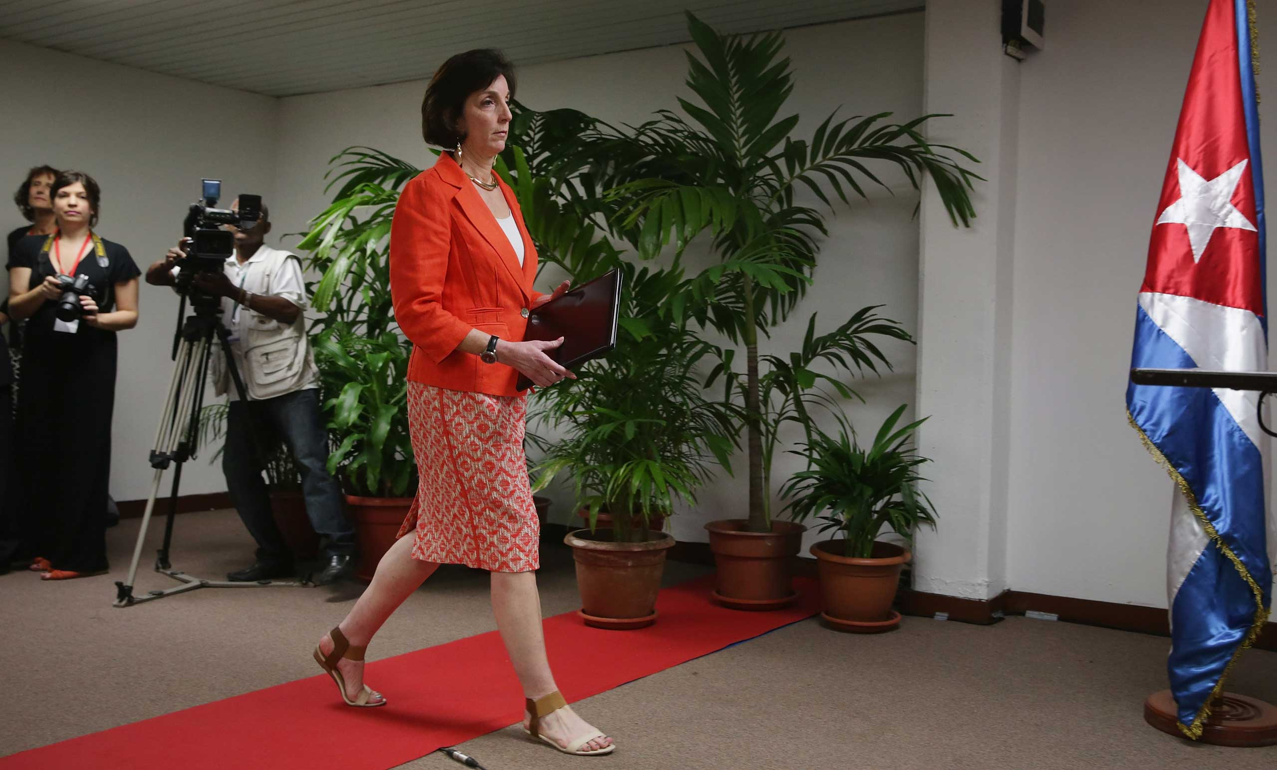 Roberta Jacobson, U.S Assistant Secretary of State for Western Hemisphere Affairs, arrives to speak to the media before taking questions during diplomatic talks with Cuba at the Palacio de las Convenciones de La Habana on Jan. 22, 2015 in Havana, Cuba.