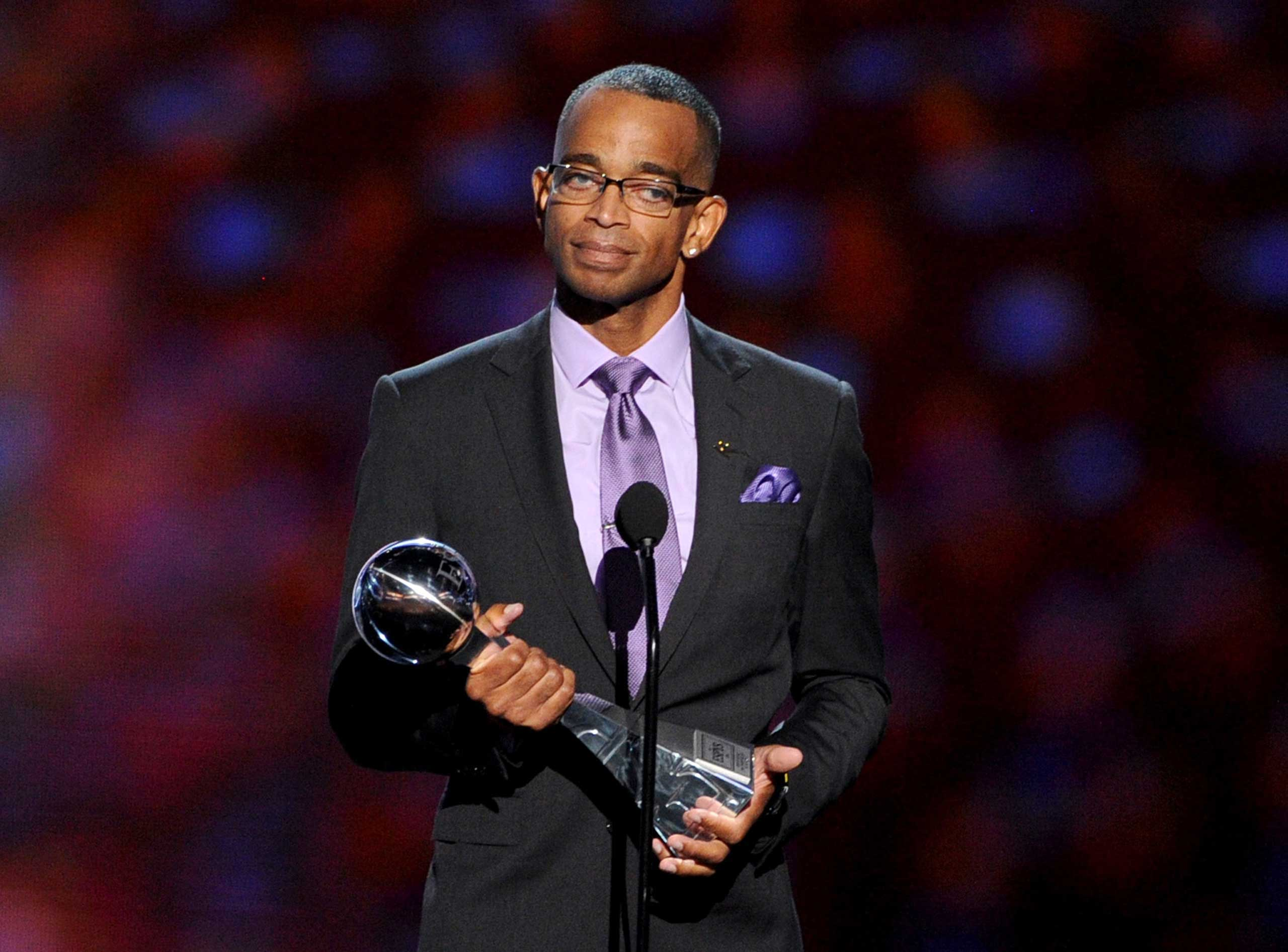 Scott accepts the 2014 Jimmy V Perseverance Award onstage during the 2014 ESPYS at Nokia Theatre L.A. Live on July 16, 2014 in Los Angeles.