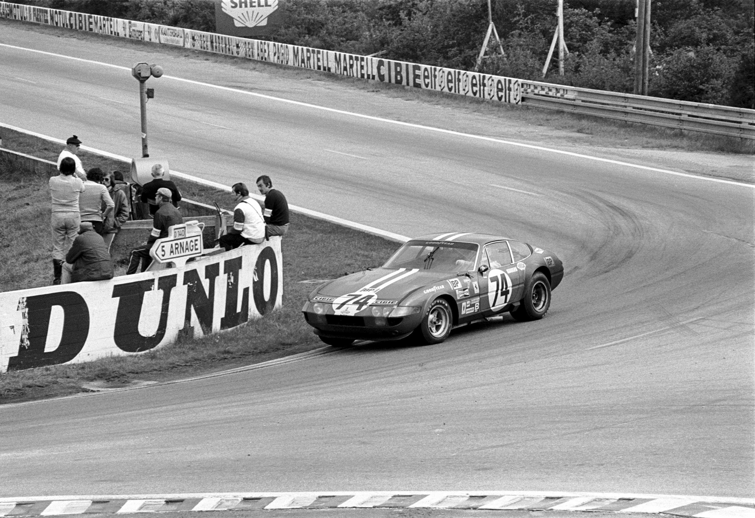 1968: The 365 GTB  Daytona  was first introduced at the Paris Auto Salon.