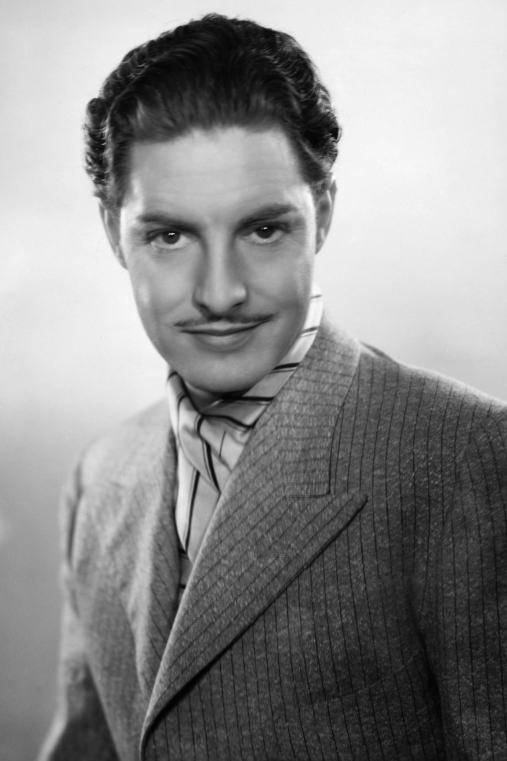 <strong>1940: Robert Donat - <i>Goodbye, Mr. Chips</i></strong>