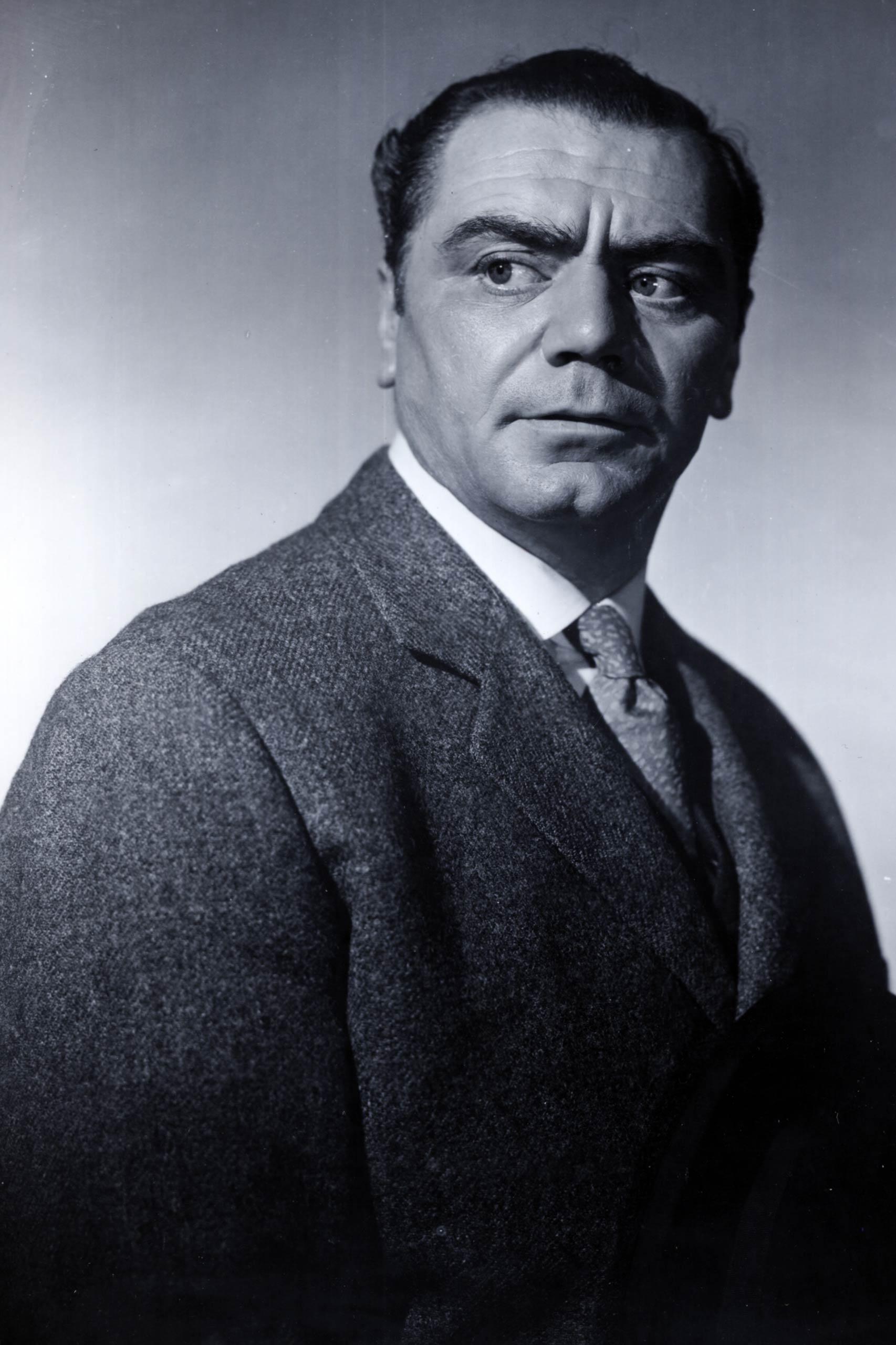 <strong>1956: Ernest Borgnine - <i>Marty</i></strong>