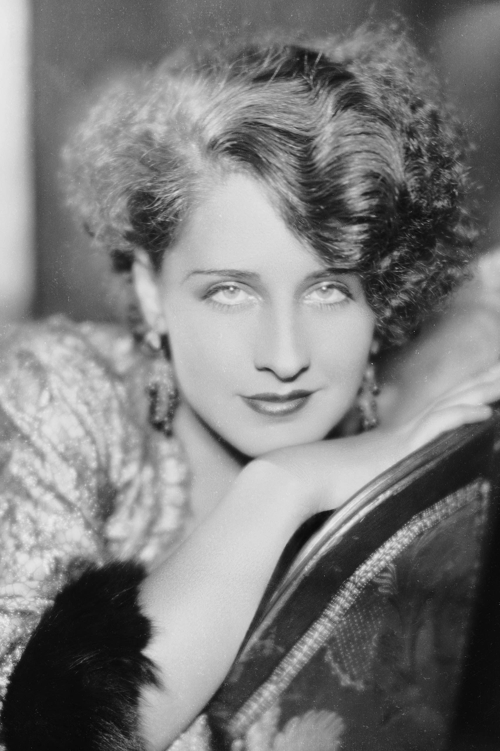 <strong>1931: Norma Shearer - <i>The Divorcee</i></strong>