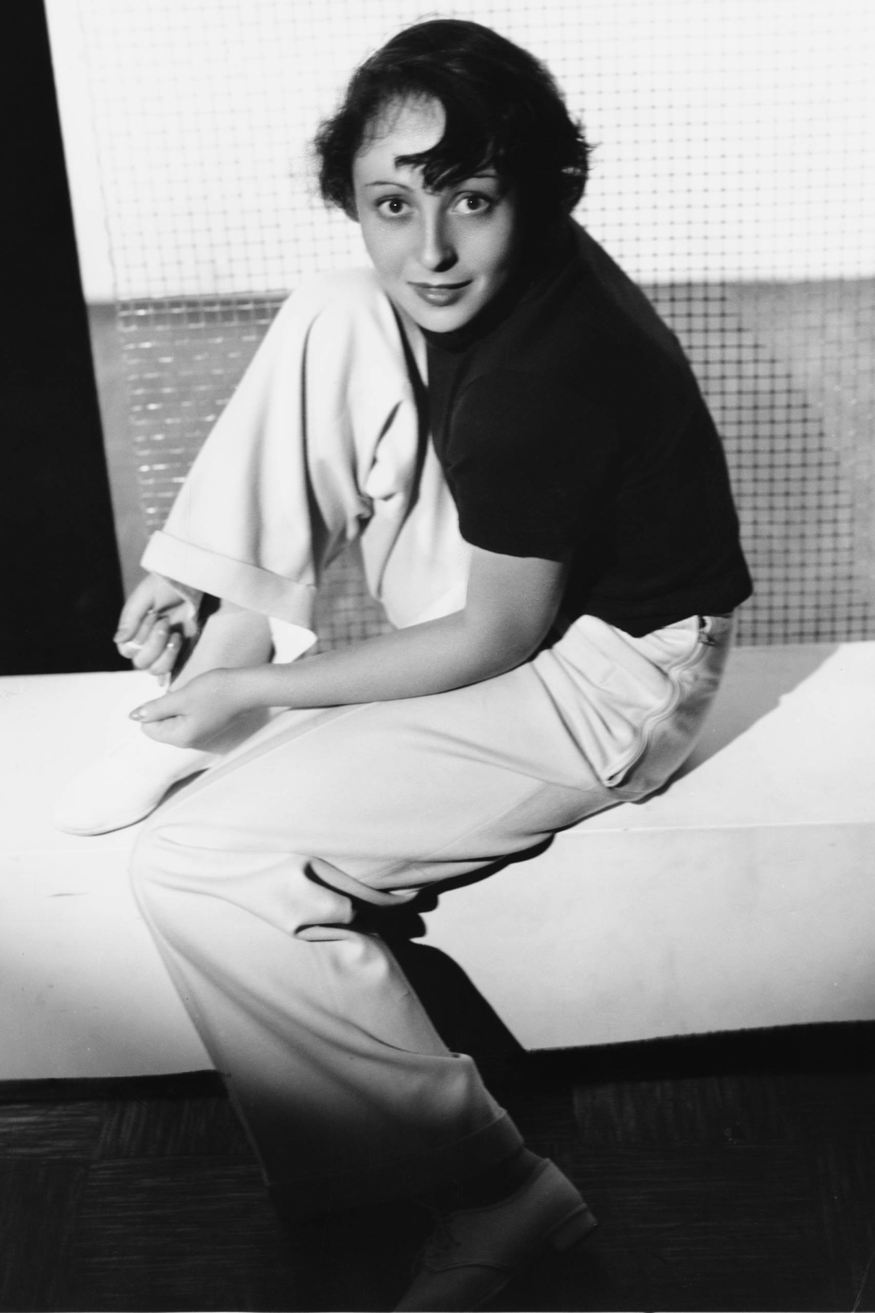 <strong>1937: Luise Rainer - <i>The Great Ziegfeld</i>                                   1938: Luise Rainer - <i>The Good Earth</i></strong>