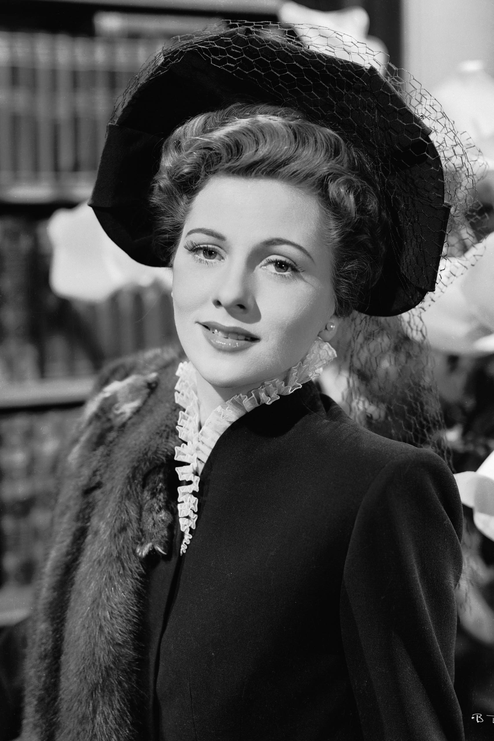 <strong>1942: Joan Fontaine - <i>Suspicion</i></strong>