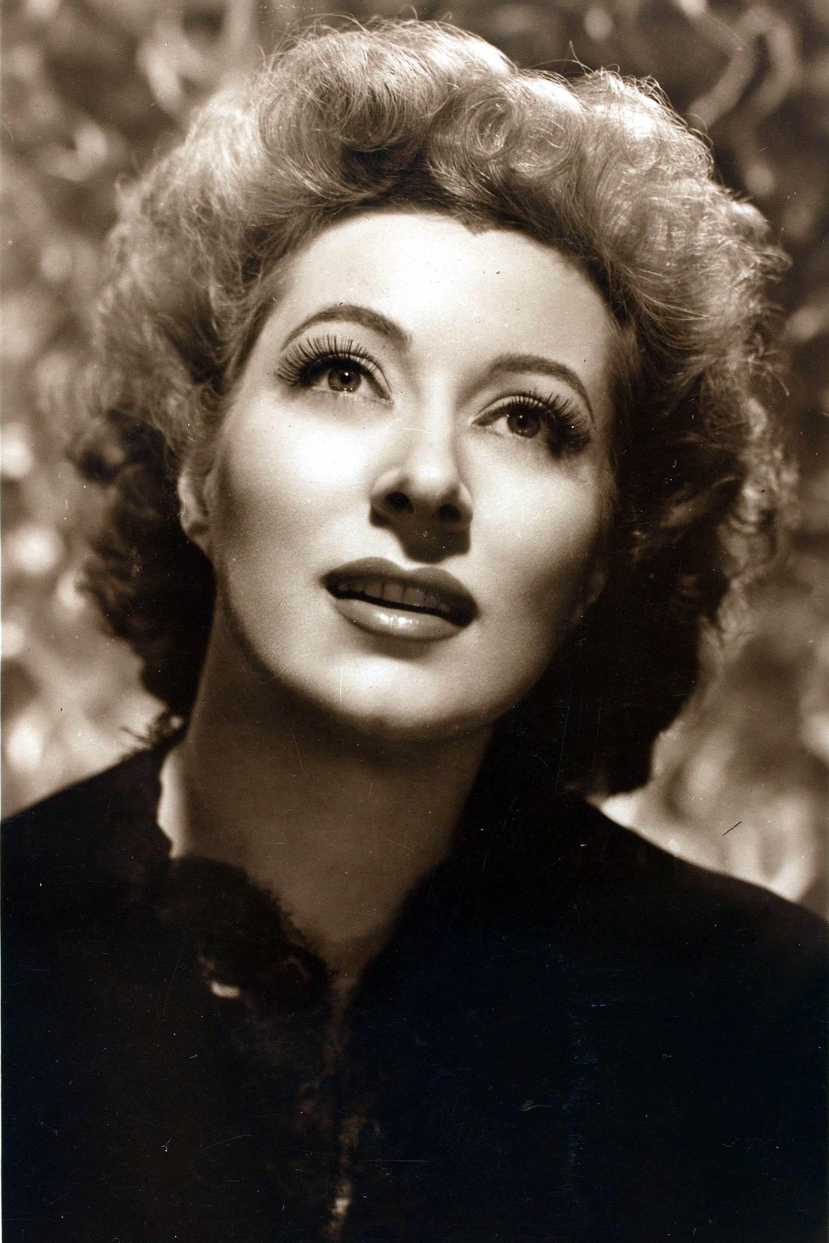 <strong>1943: Greer Garson - <i>Mrs. Miniver</i></strong>
