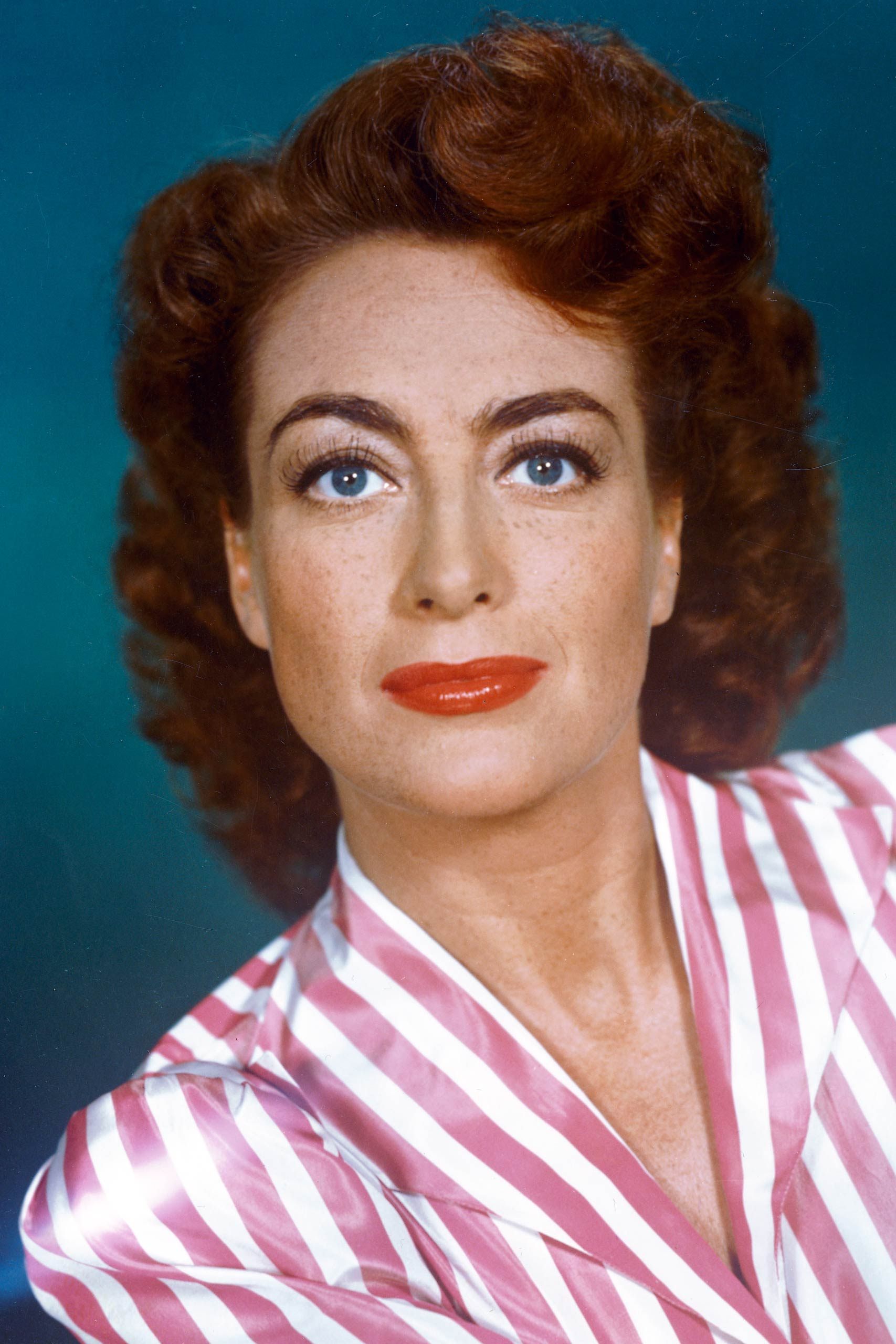 <strong>1946: Joan Crawford - <i>Mildred Pierce</i></strong>