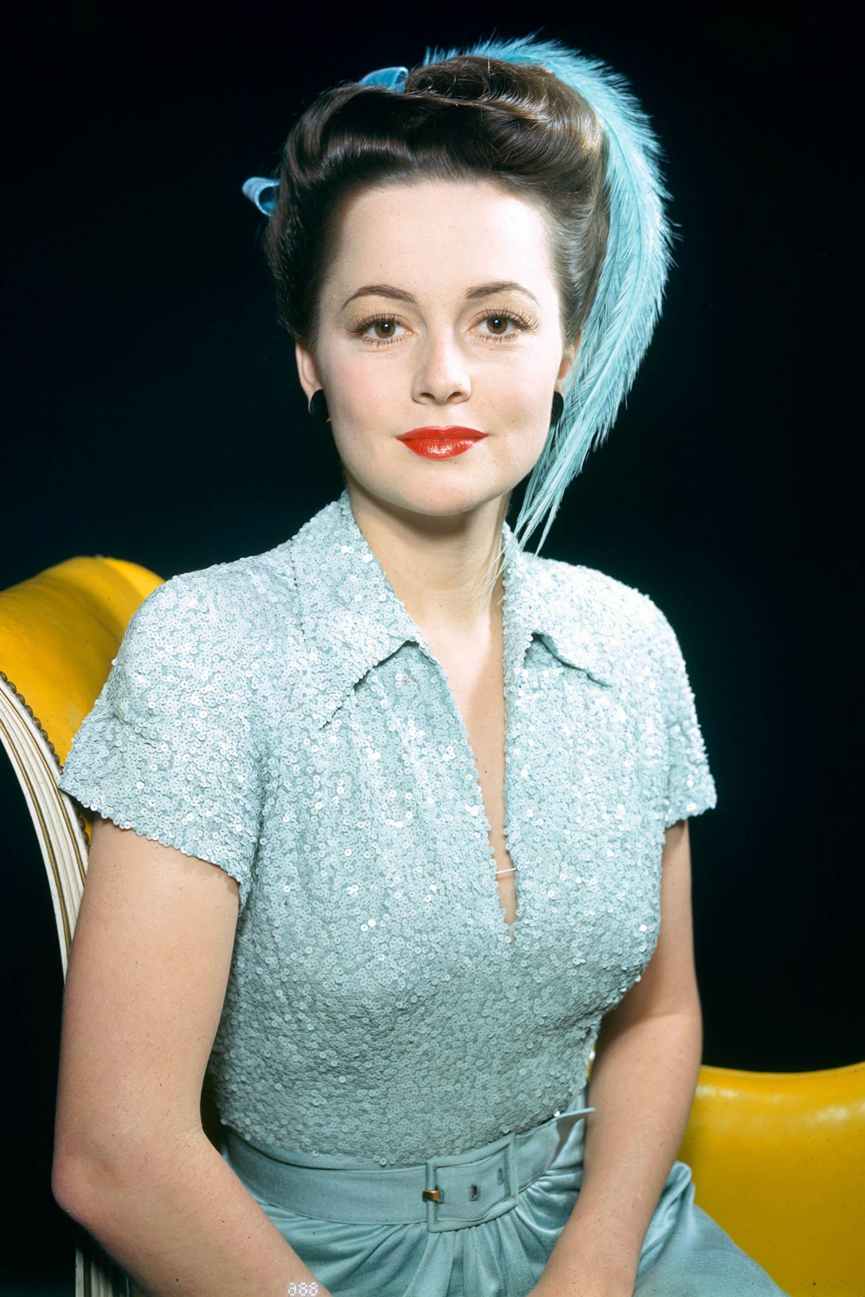 <strong>1947: Olivia de Havilland - <i>To Each His Own</i>                                   1950: Olivia de Havilland - <i>The Heiress</i></strong>